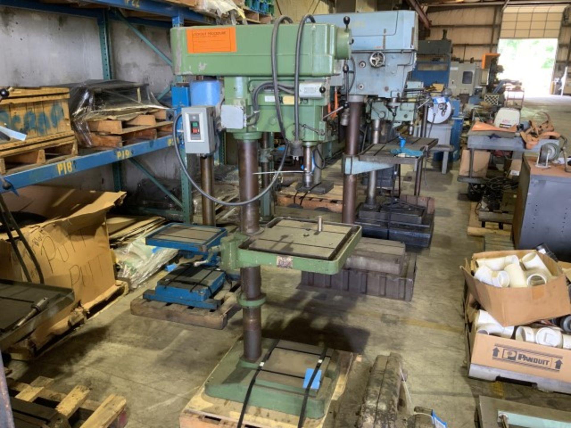 Lot 1369 - Drill press