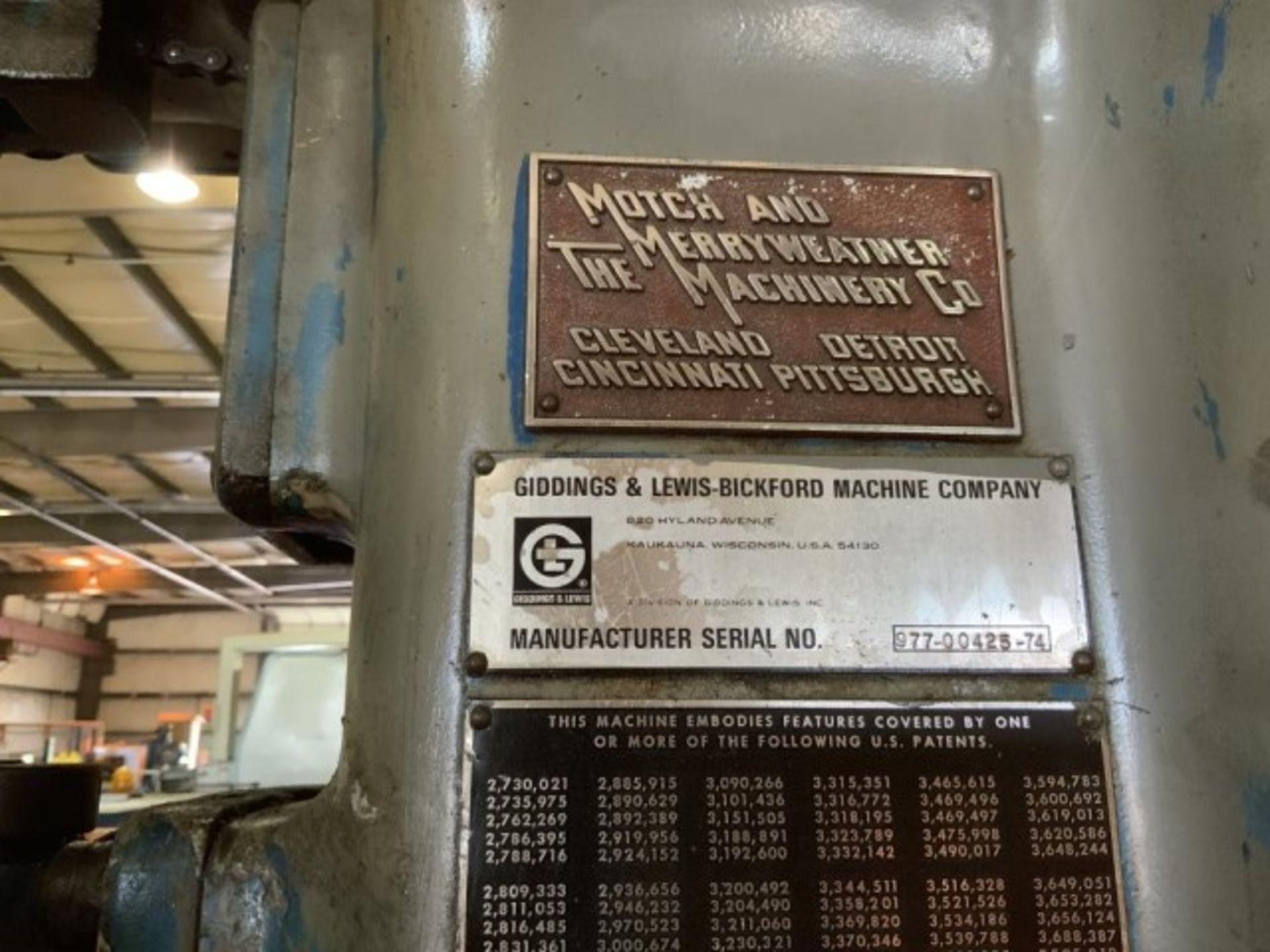 Lot 1383 - Drill press
