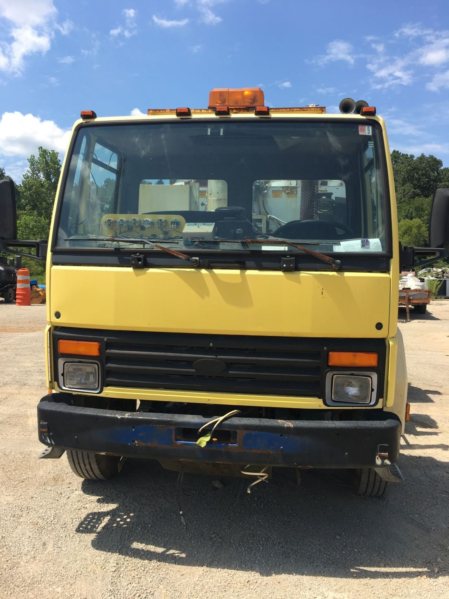 Lot 7 - 2003 Ford 7000 Cargo Truck w/ (2) Mark Rite Lines Melters