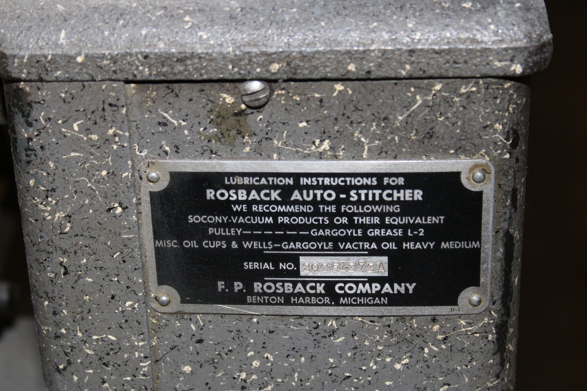 Lot 43 - Rosback Auto Dash Stitcher s/n 20251272A