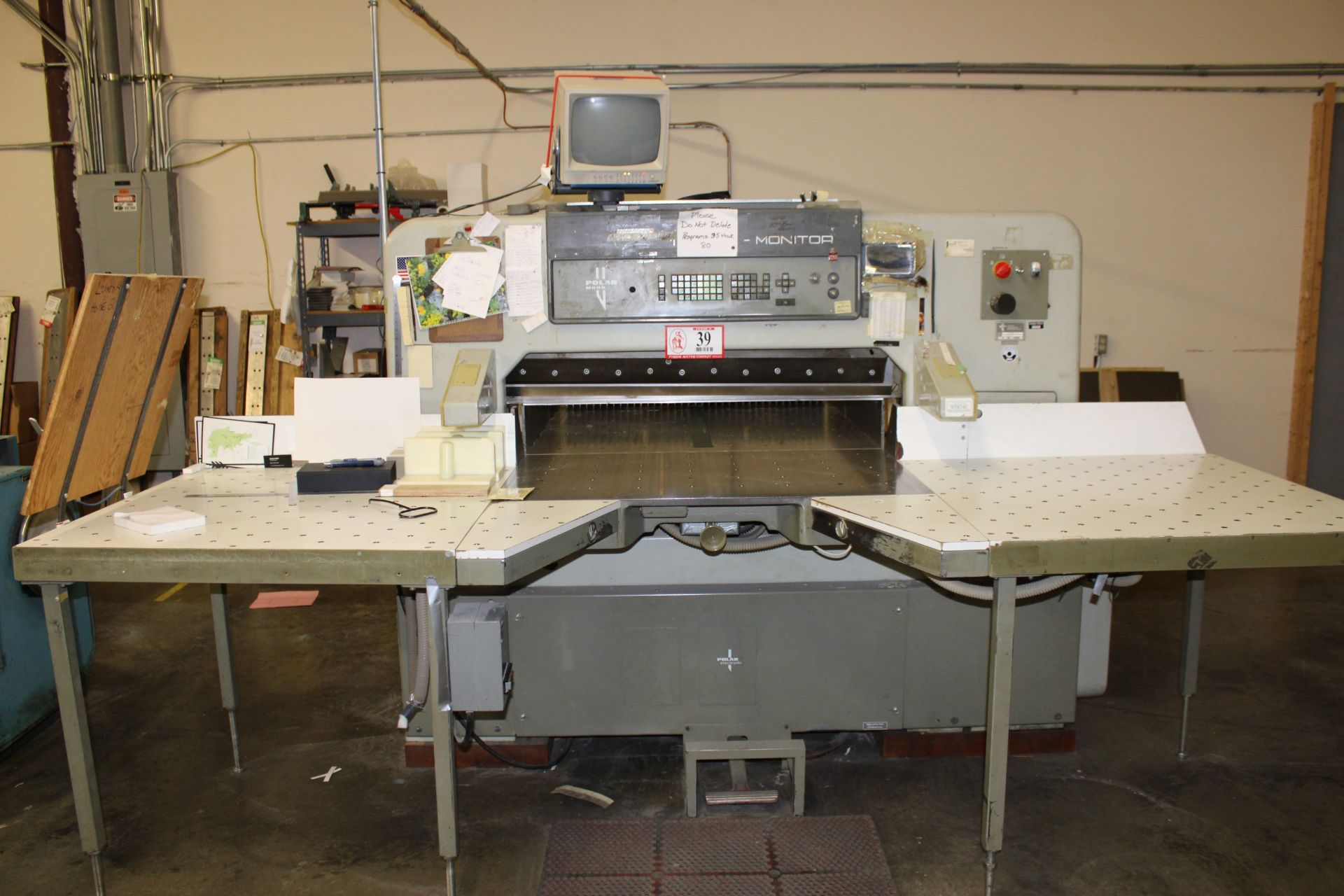 "Lot 39 - Polar Model 115MON Paper Cutter, 45"" s/n 5631360 w/ (4) Extra Blades"