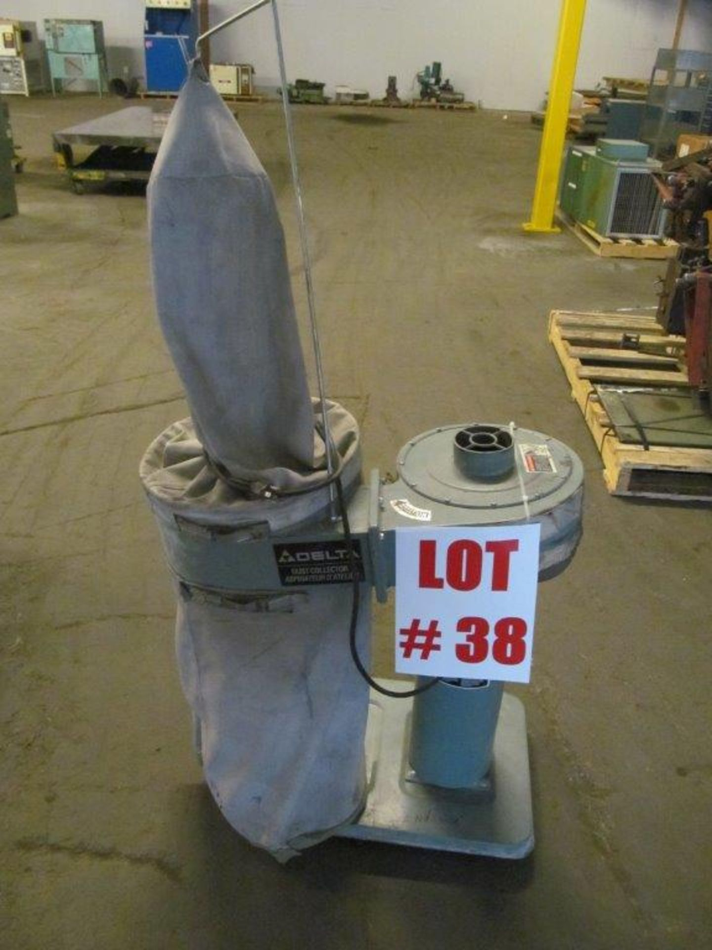 Lot 38 - DELTA DUST COLLECTOR, MODEL 50-840C, ELECTRICS 110V/1PH/60C