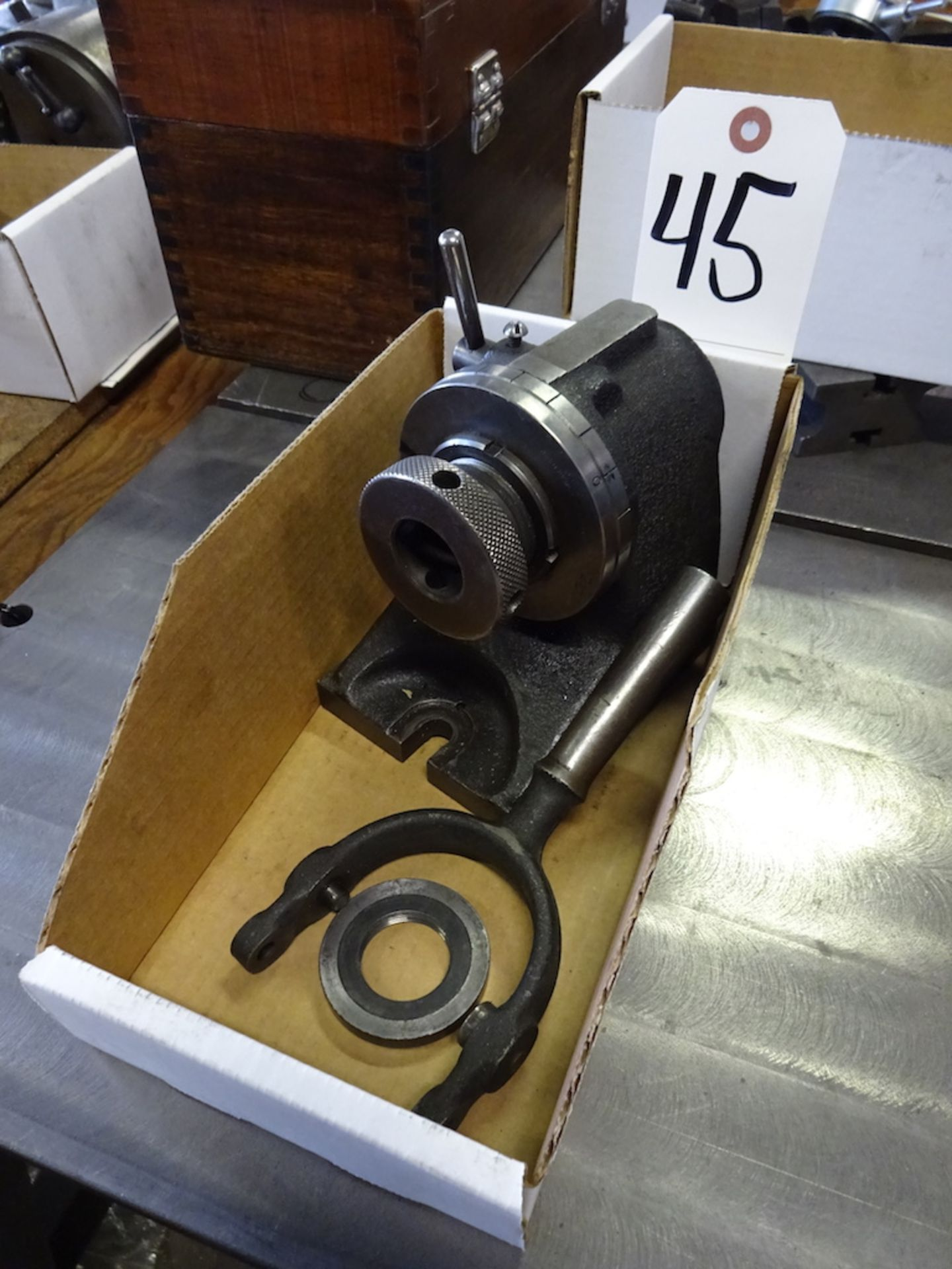 Lot 45 - HARDINGE MODEL H-450 GRINDING FIXTURE