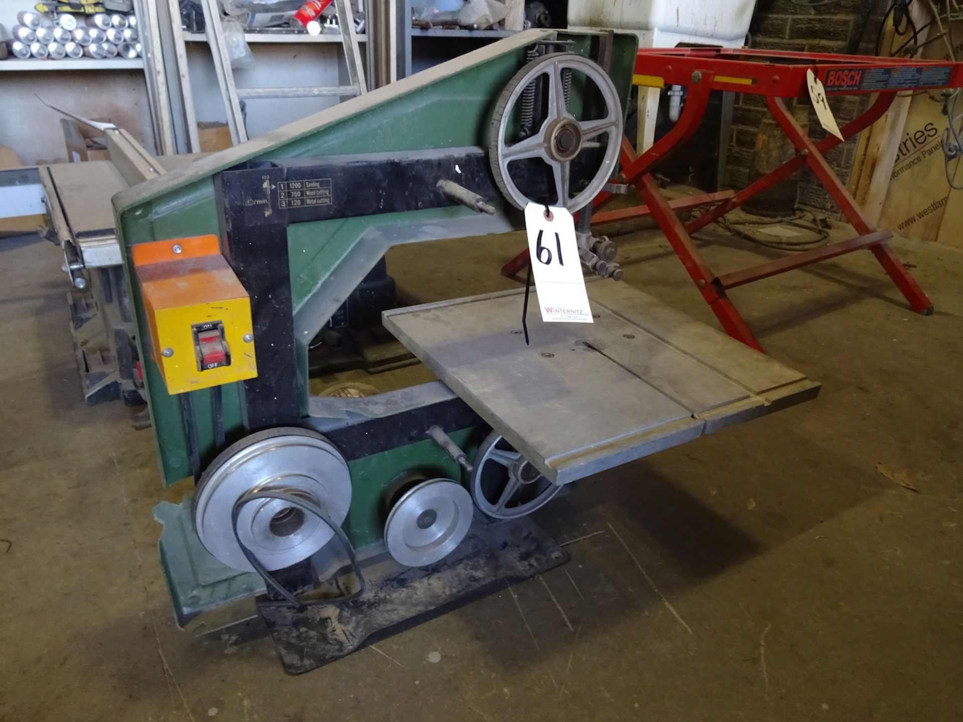 Lot 61 - TOYANG BAND SAW MODEL TME1-202-1, SINGLE PHASE, 1/3 H.P., S/N: 24560
