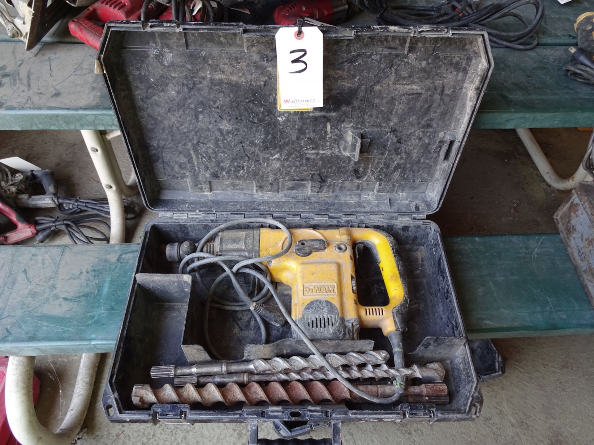 """Lot 3 - DEWALT 1 3/4"""" ROTARY HAMMER WITH CASE AND BITS"""