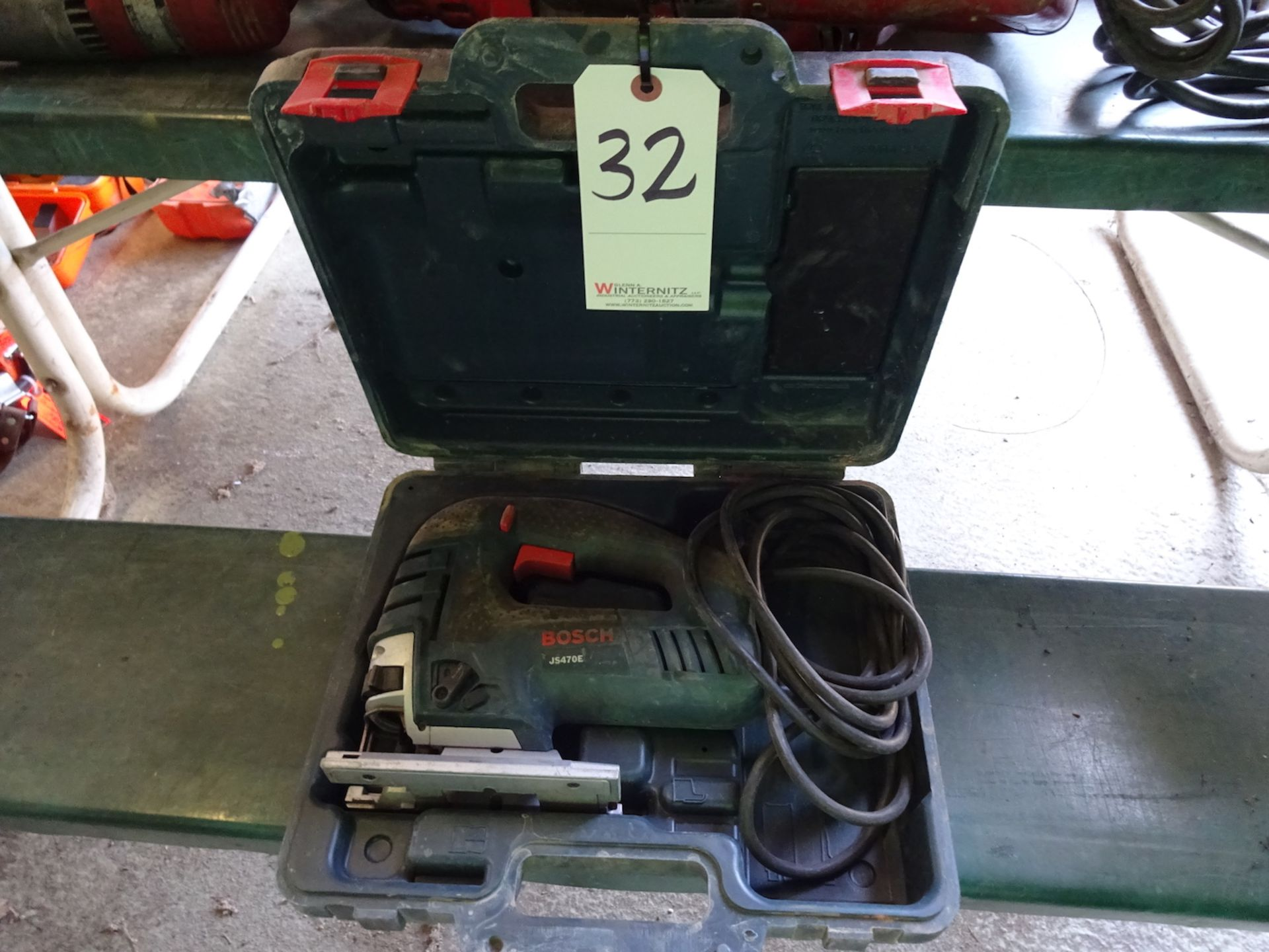 Lot 32 - BOSCH J5470E ELECTRIC JIG SAW WITH CASE