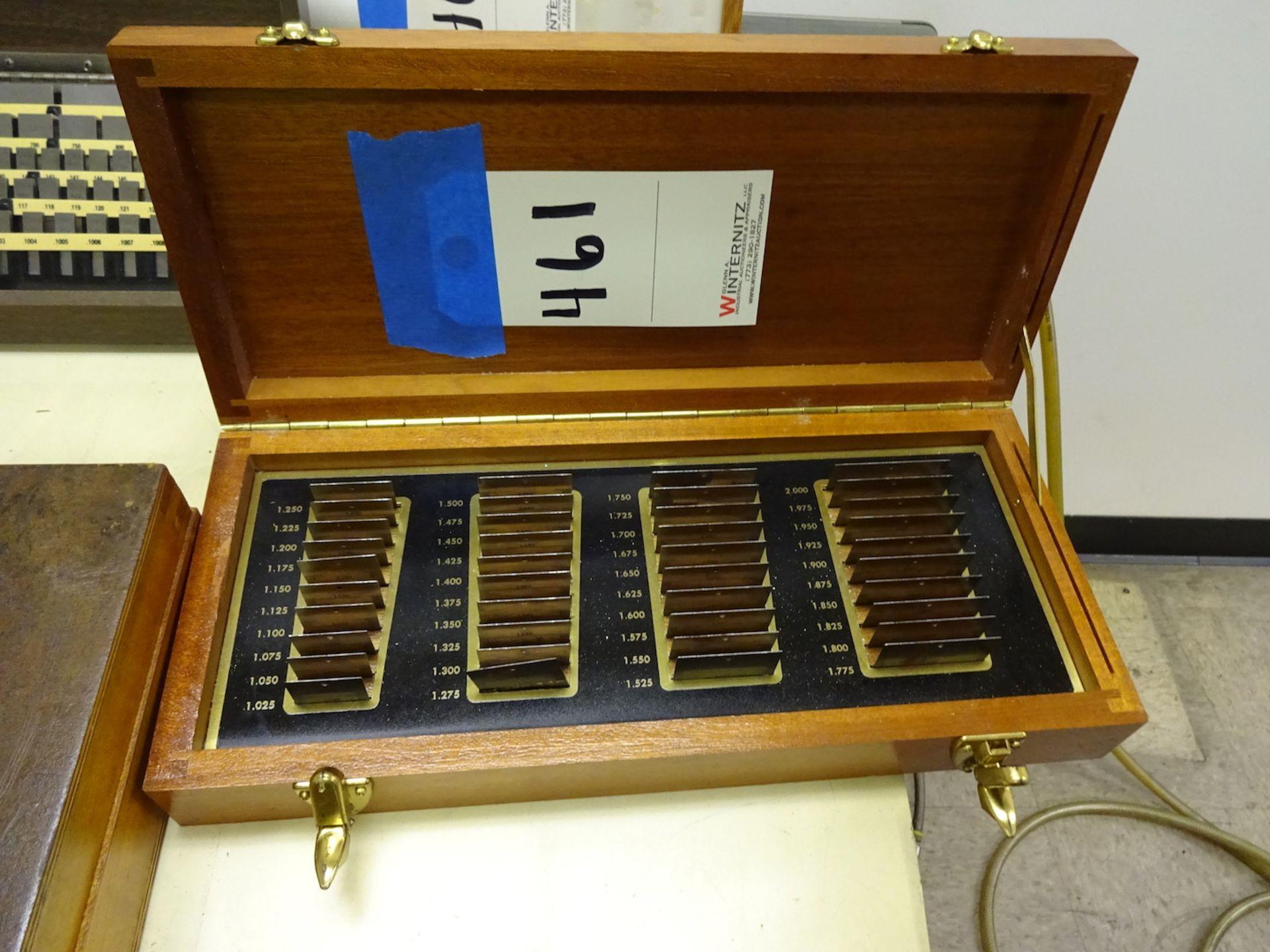 Lot 461 - Moore Gauge Set
