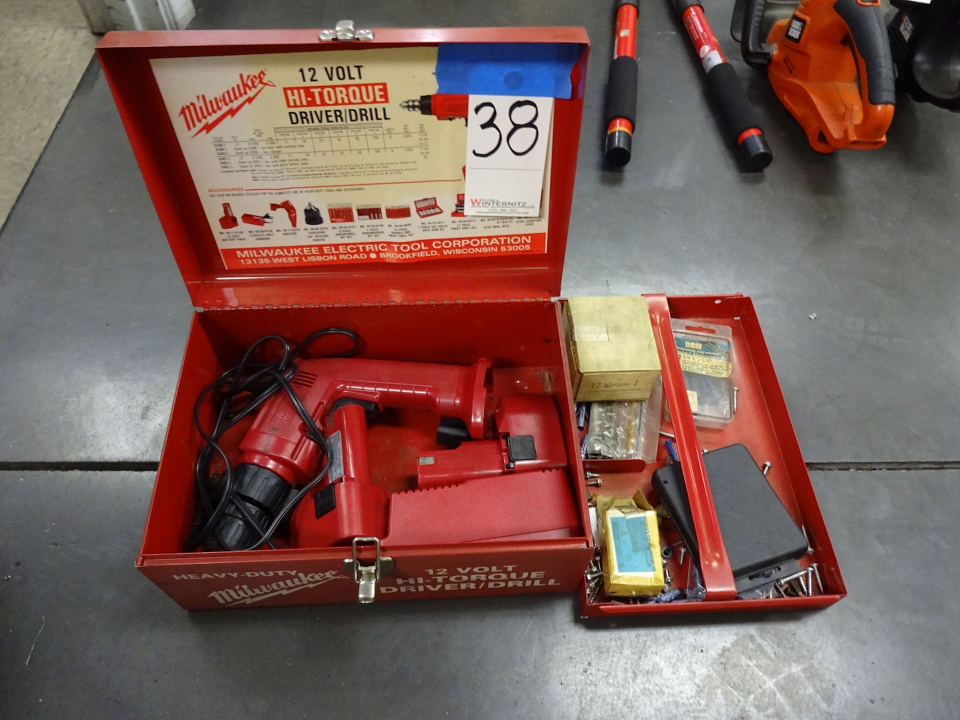 Lot 38 - Milwaukee 12 Volt Hi-Torque Driver/Drill