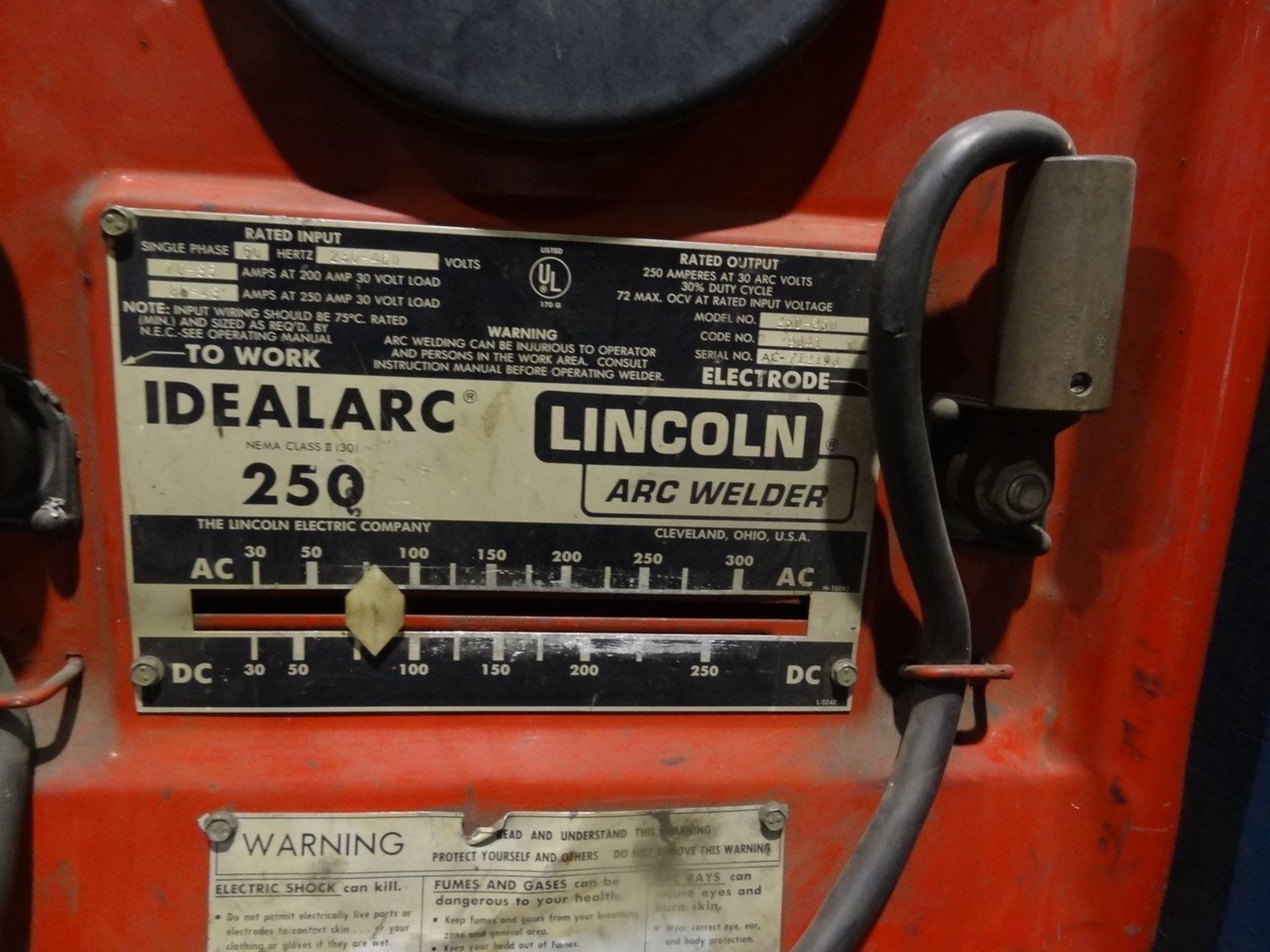 Lot 36 - LINCOLN ARC WELDER ON CART, MODEL 250-250 SN 712193, LOCATION MI