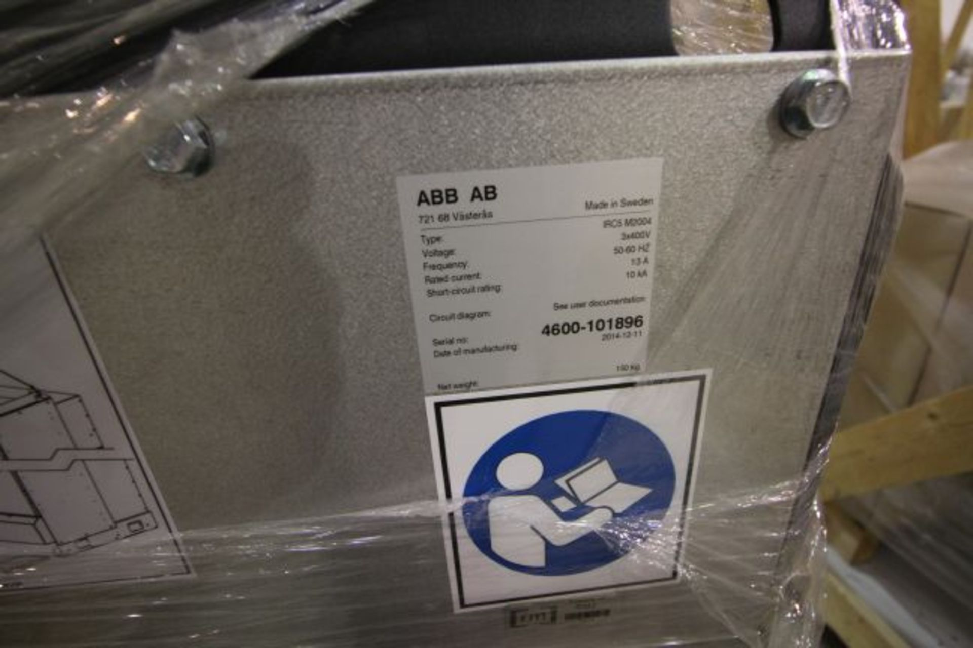 ABB ROBOT IRB 4600 2.55/40KG WITH IRC5 CONTROLS, YEAR 2015, 101896 TEACH PENDANT& CABLES - Image 11 of 11