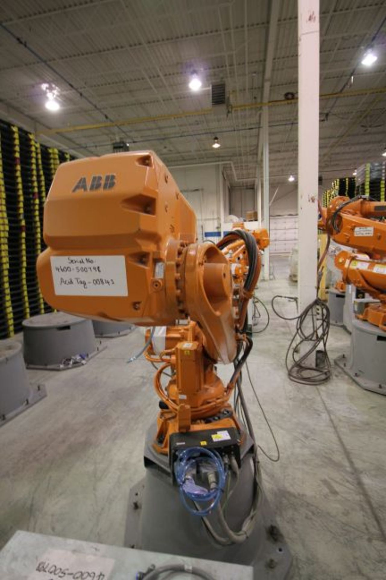 ABB ROBOT IRB 4600 2.55/40KG WITH IRC5 CONTROLS, YEAR 2014, SN 500798 TEACH PENDANT& CABLES - Image 3 of 9
