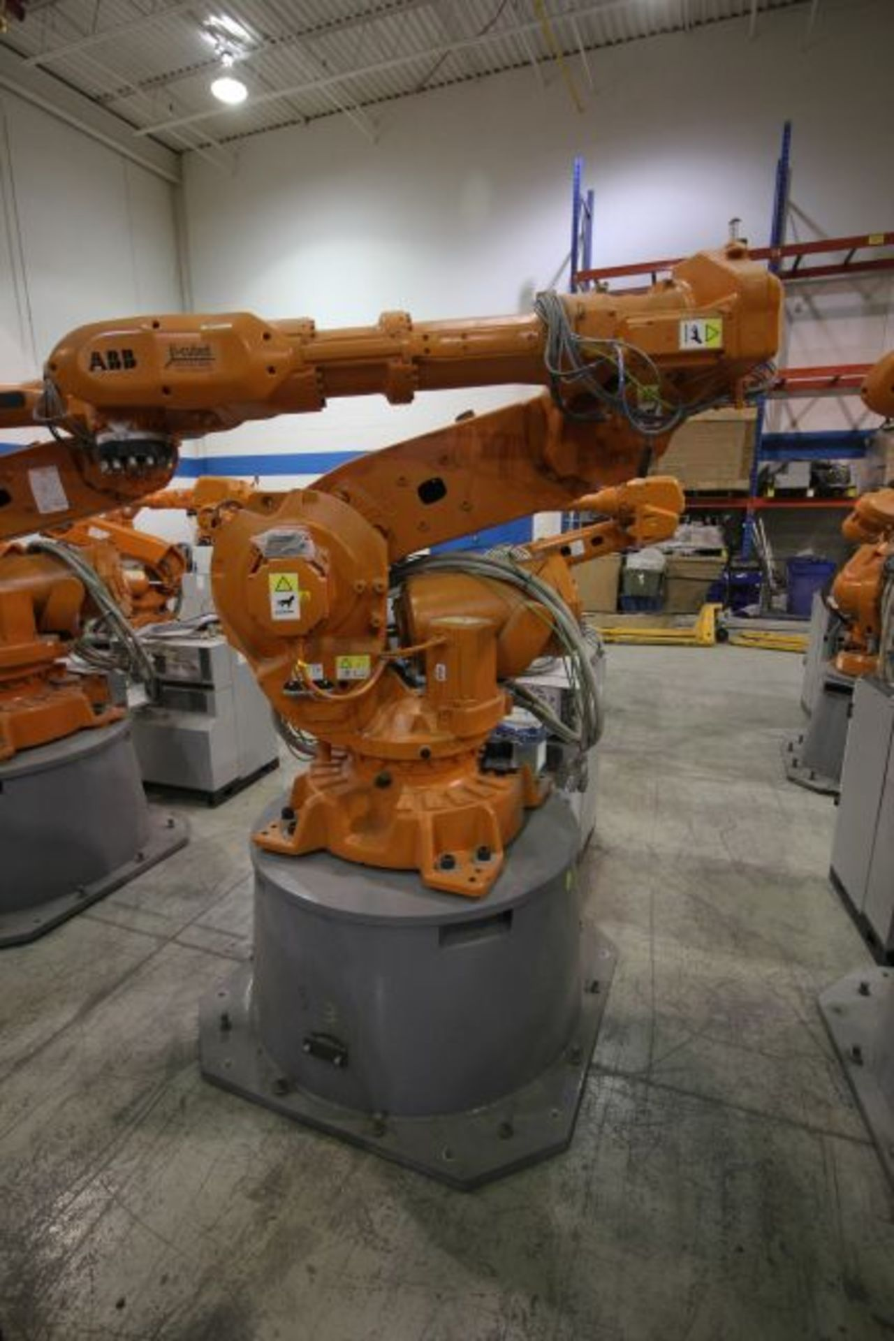 ABB ROBOT IRB 6640 2.8/185 WITH IRC5 CONTROLS, YEAR 2014, SN 503058 TEACH PENDANT & CABLES