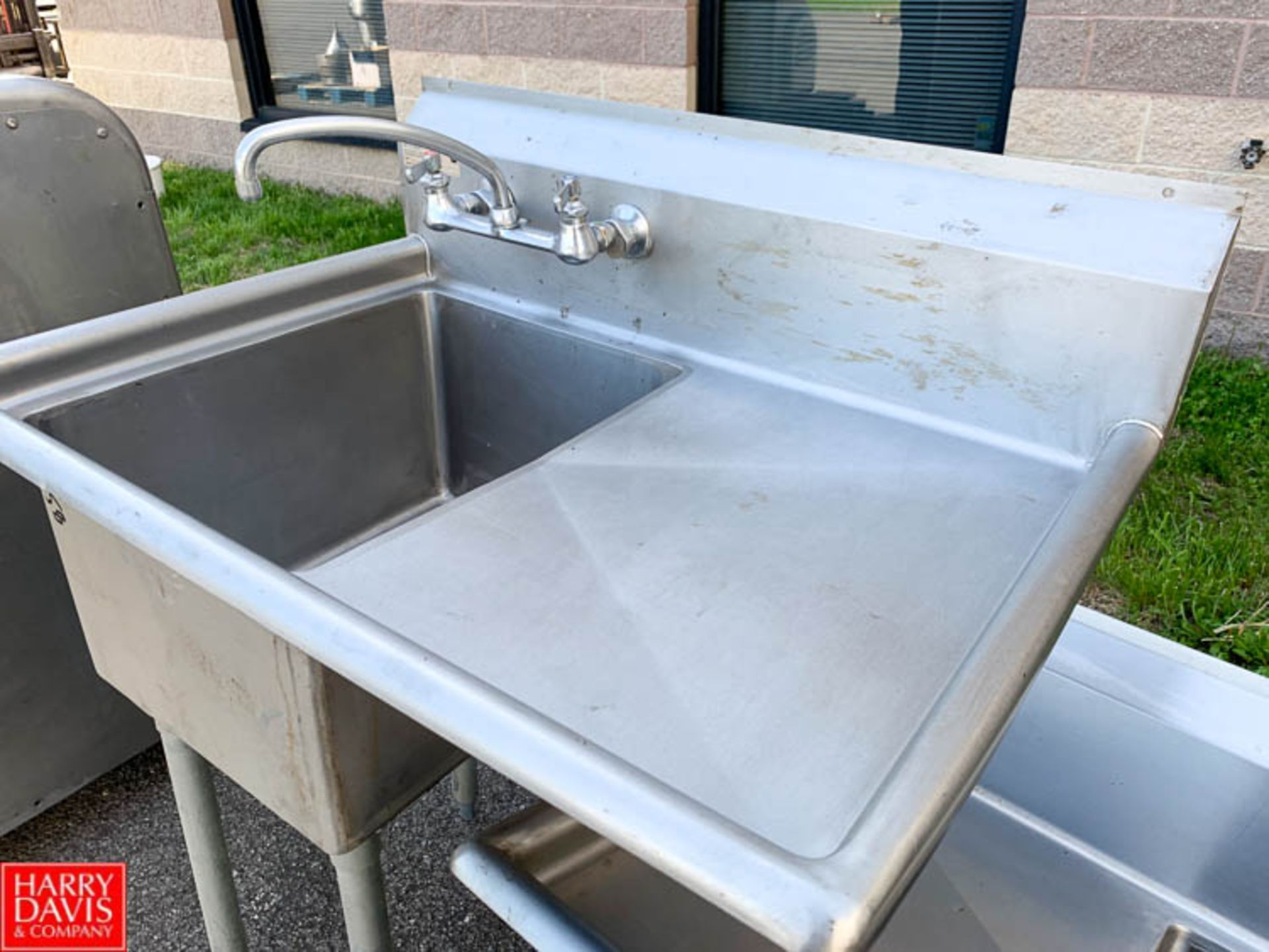 Lot 58 - Elkay S/S Single Bowl Sink with Rounded Edges and Back Splash - Rigging Fee: $10