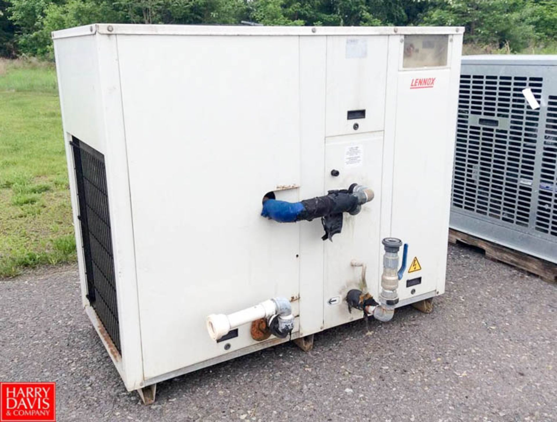 Lot 49a - Lennox 3-Phase Chiller, Model PRA 5 - Rigging Fee: $25