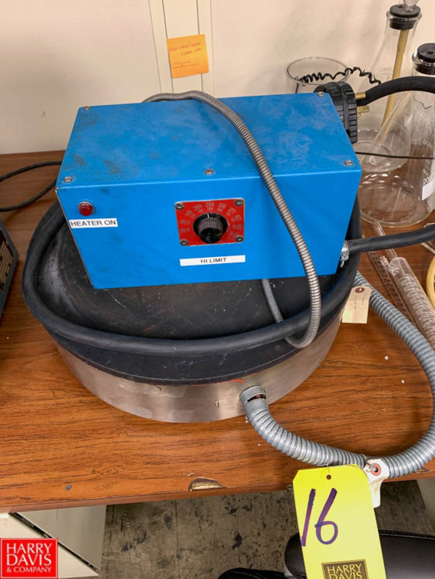 Lot 16 - Hot Plate with 240 Volt, 1000 ºF Rigging Fee: 50