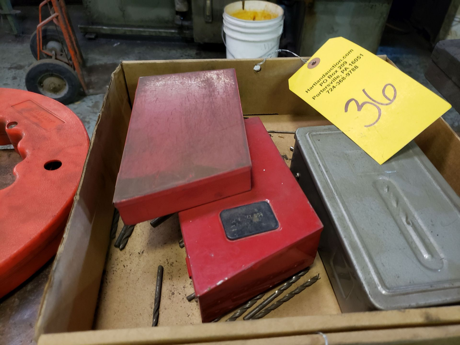 Lot 36 - DRILL BITS AND CASES