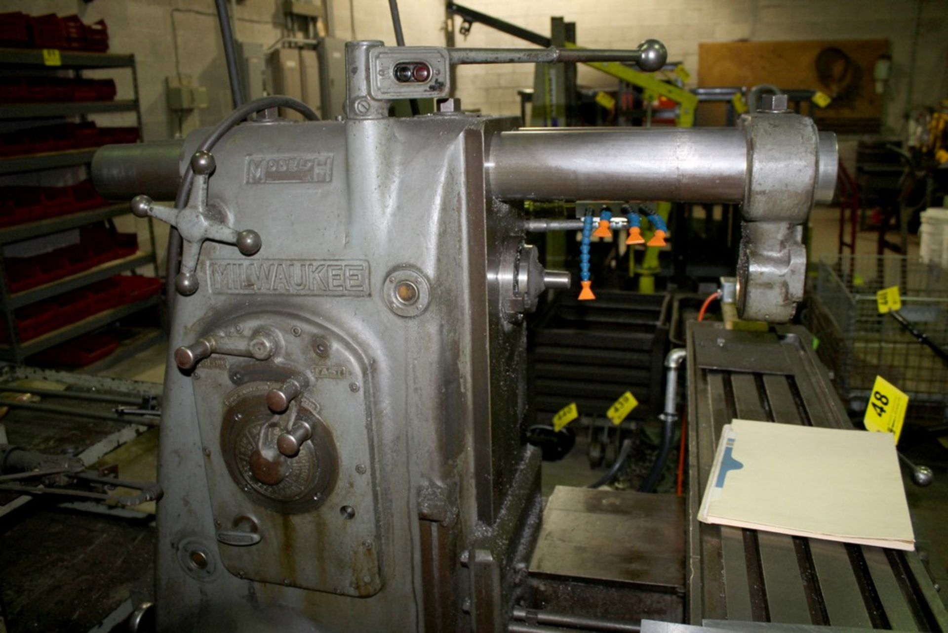 Lot 48 - MILWAUKEE MODEL H PLAIN HORIZONTAL MILLING MACHINE S/N 9-3073, T-SLOT WORK TABLE, ARBOR SUPPORT