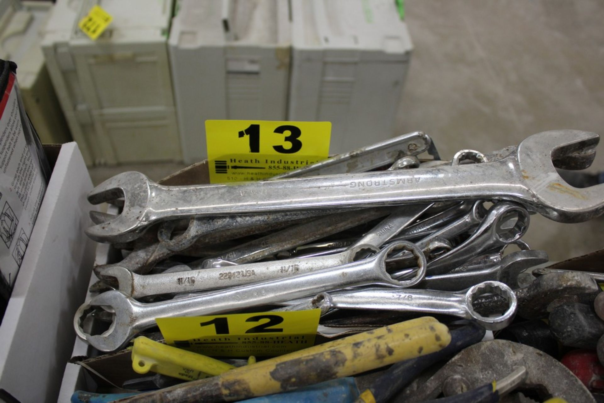 Lot 13 - LARGE QTY OF WRENCHES IN BOX