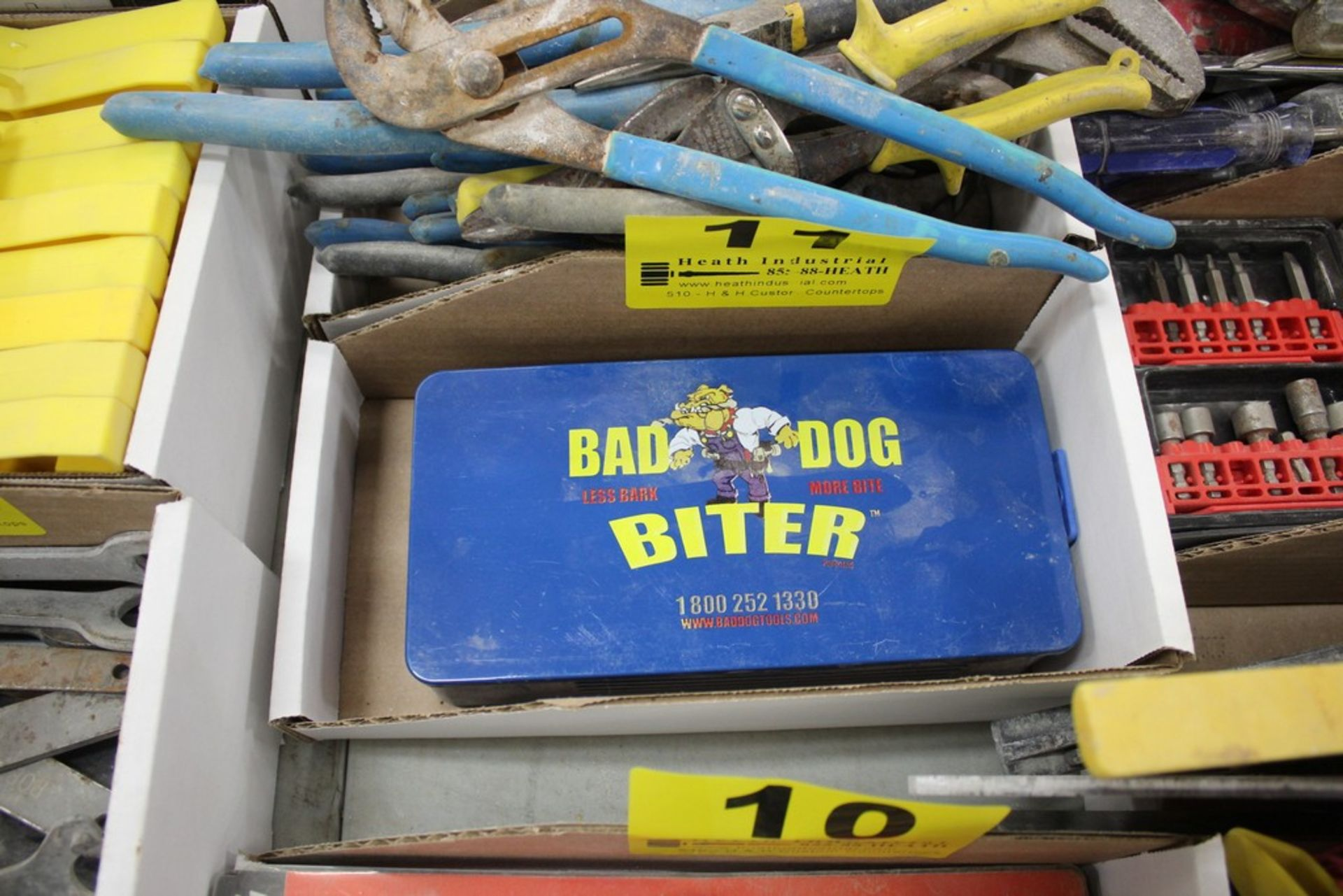 Lot 11 - BAD DOG BITER SHEET MATERIAL HOLE CUTTER