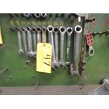 (15) Metric wrenches.
