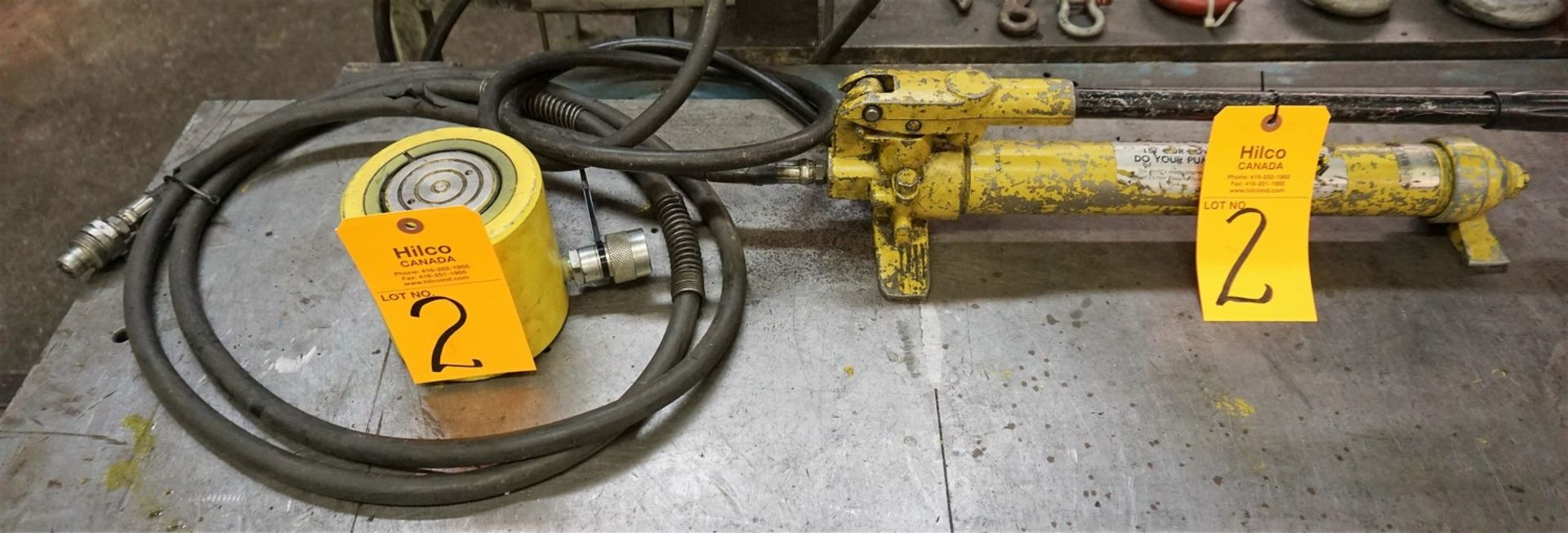 Lot 2 - Enerpac Hydraulic Hand Pump with Enerpac Ram Model RCS502