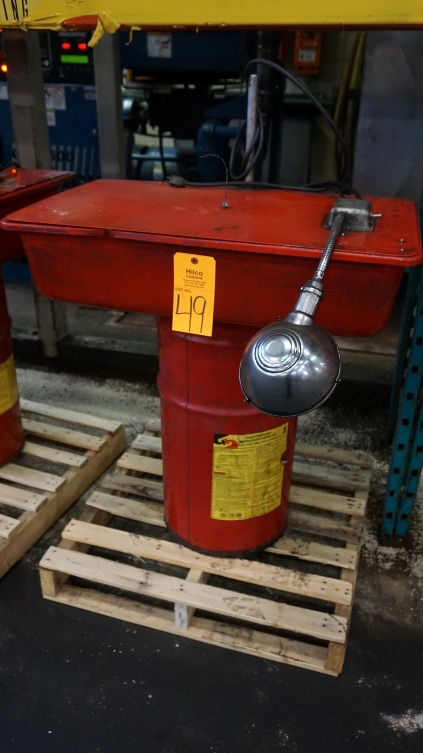 Lot 49 - Safety Clean Solvent Parts Washer