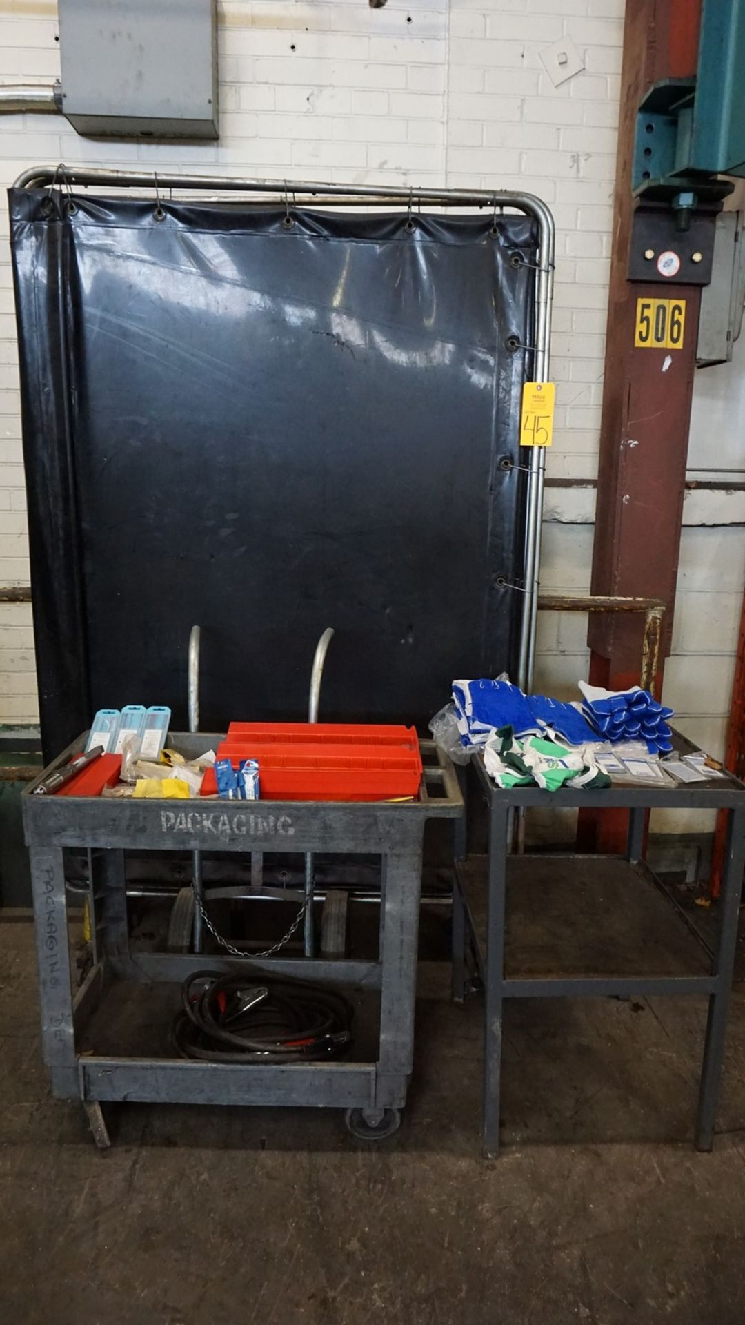 Lot 45 - Welding Screen with Welding Gloves & Consumables