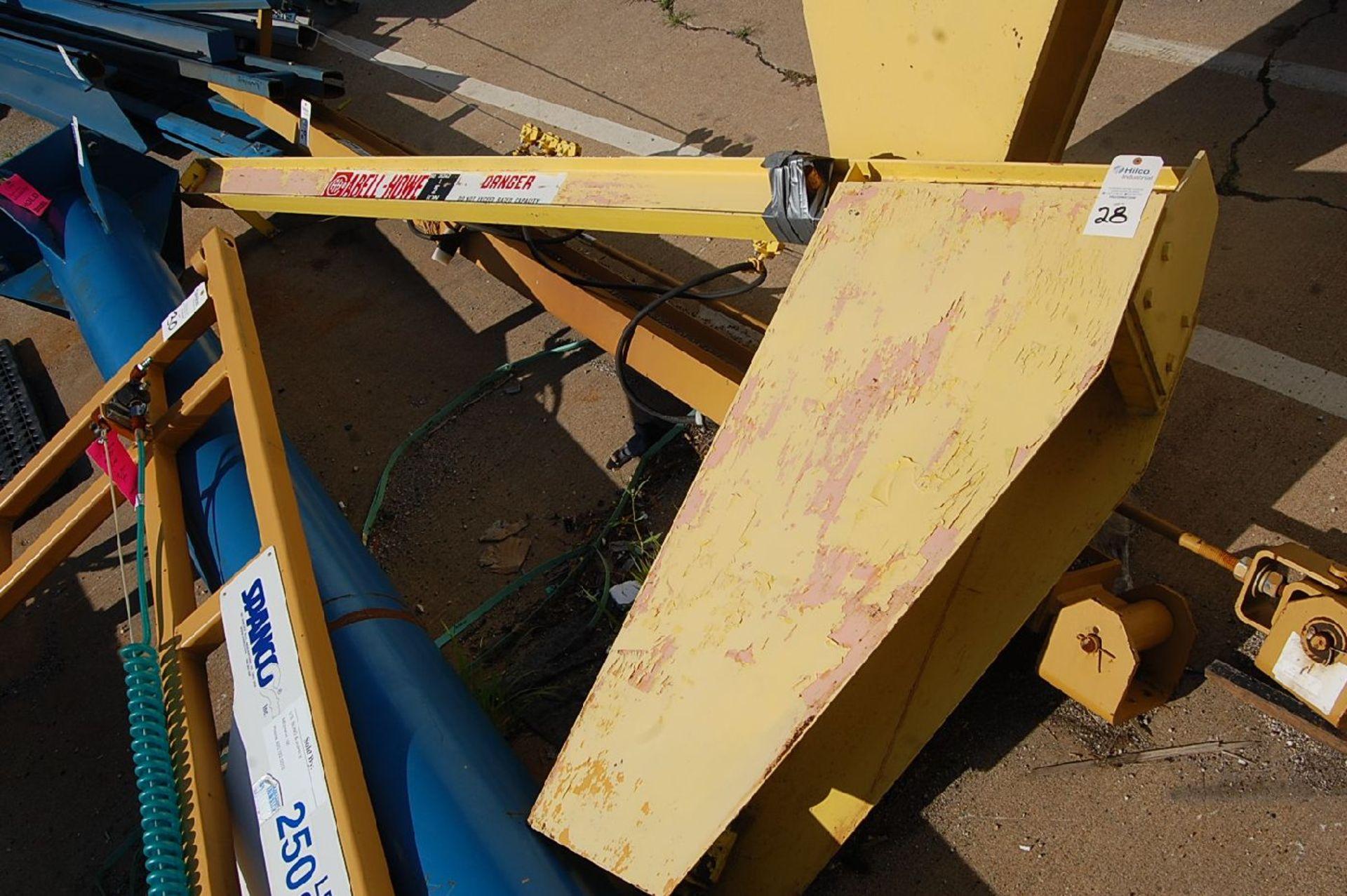 Lot 28 - Abell-Howe 1/2-Ton Floor Standing Jib Crane