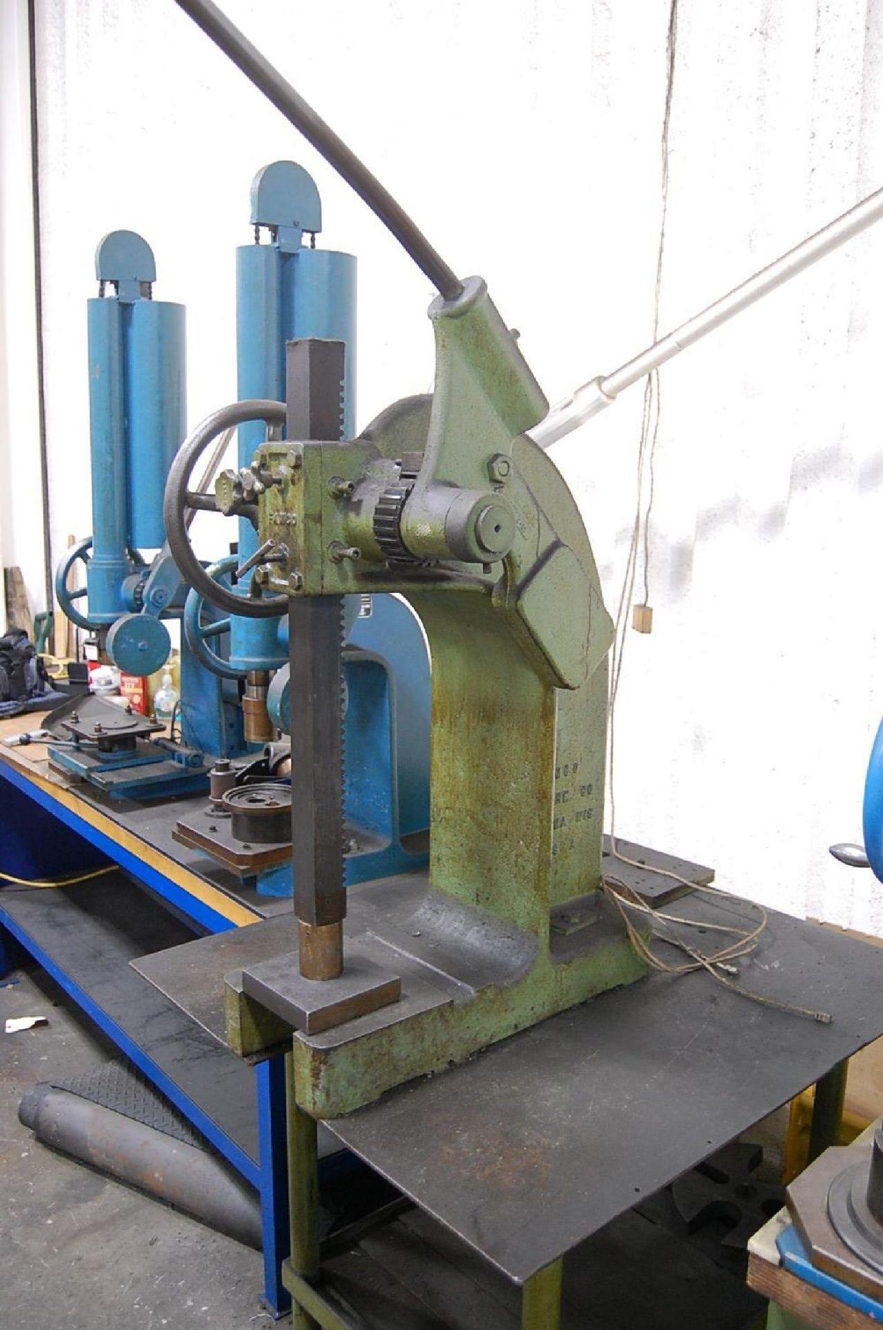 Lot 1 - Famco Model 4R 6-Ton Arbor Press