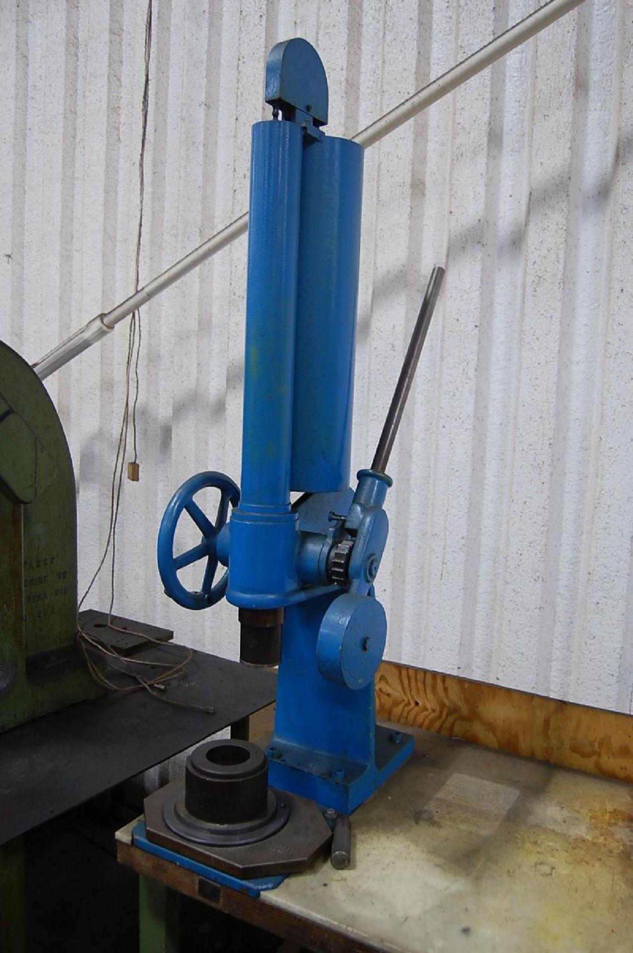 Lot 4 - Ageo Model DP1500 1500kg Arbor Press