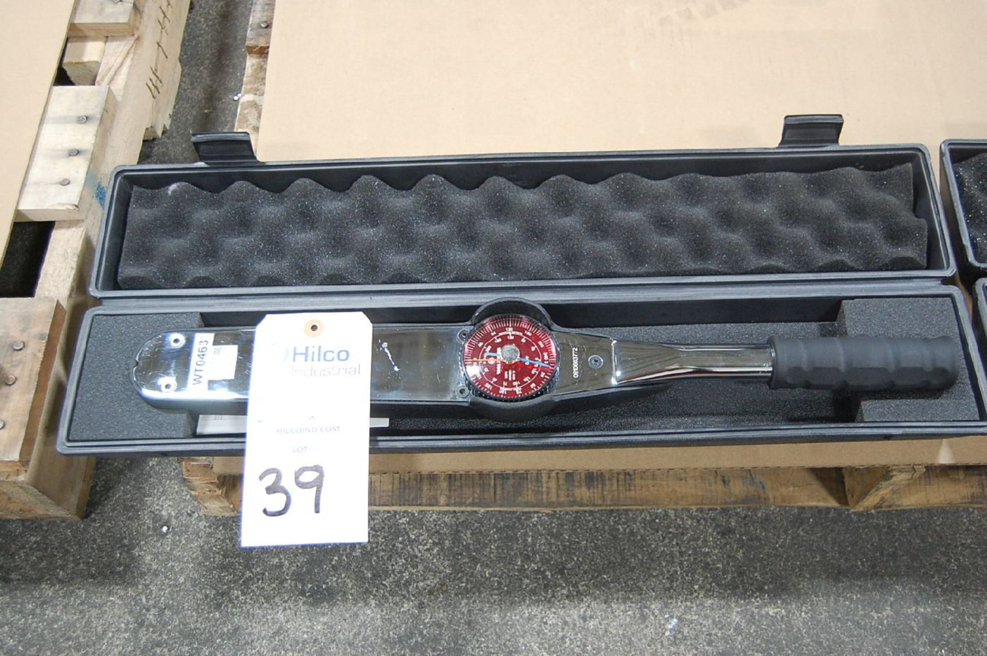 Lot 39 - Wright Model 4470 Dial Type Torque Wrench