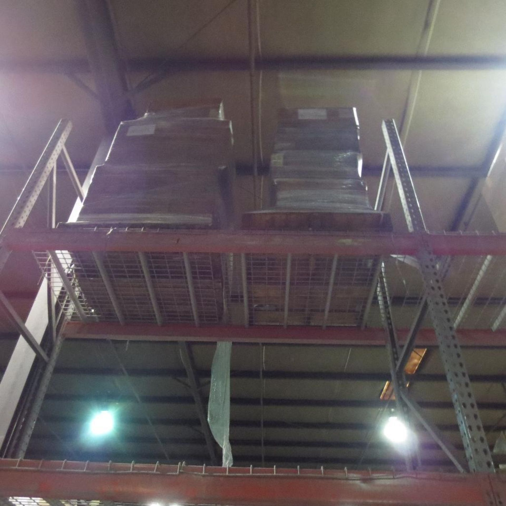 Lot 28 - Items on pallet racking