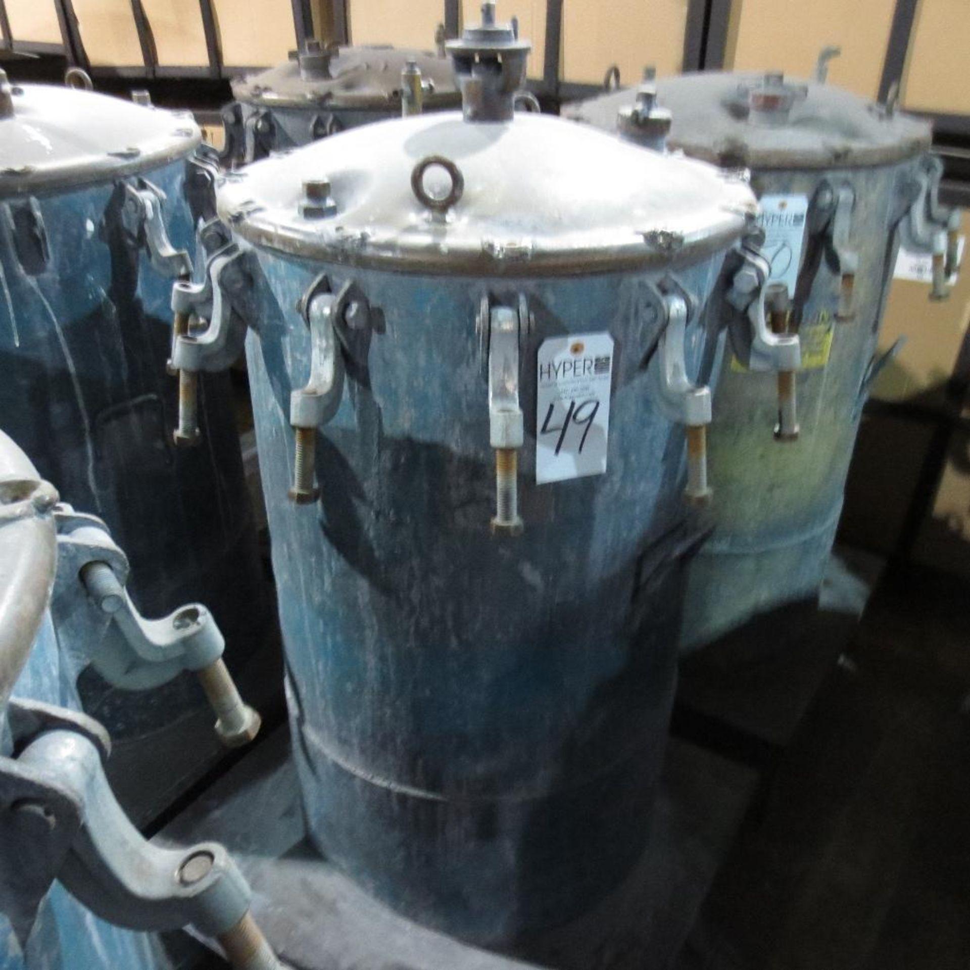 """Lot 49 - (Est) 40"""" X 24"""" Pressure Pot"""