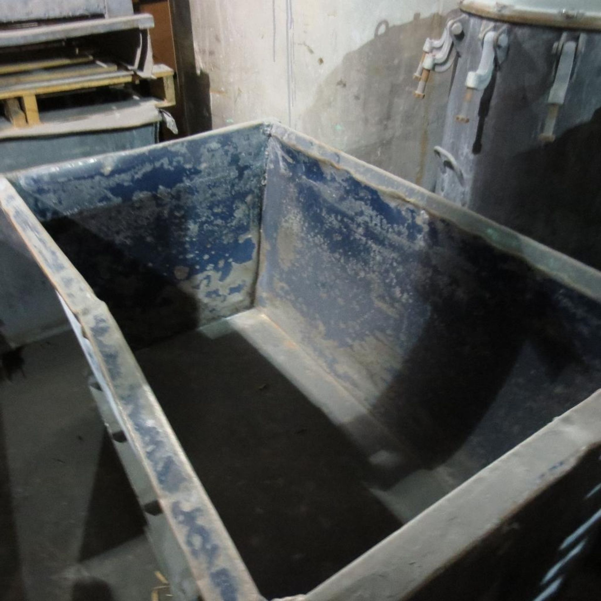 Lot 33 - (5) Steel Troughs