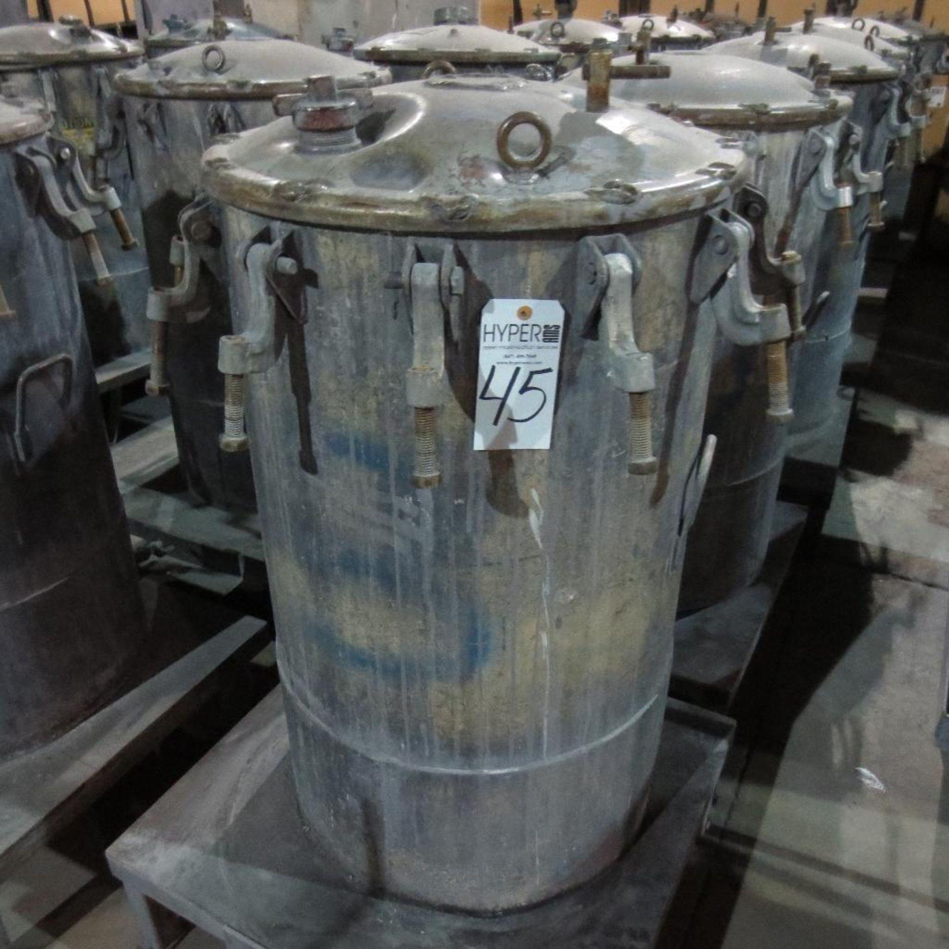 """Lot 45 - (Est) 40"""" X 24"""" Pressure Pot"""