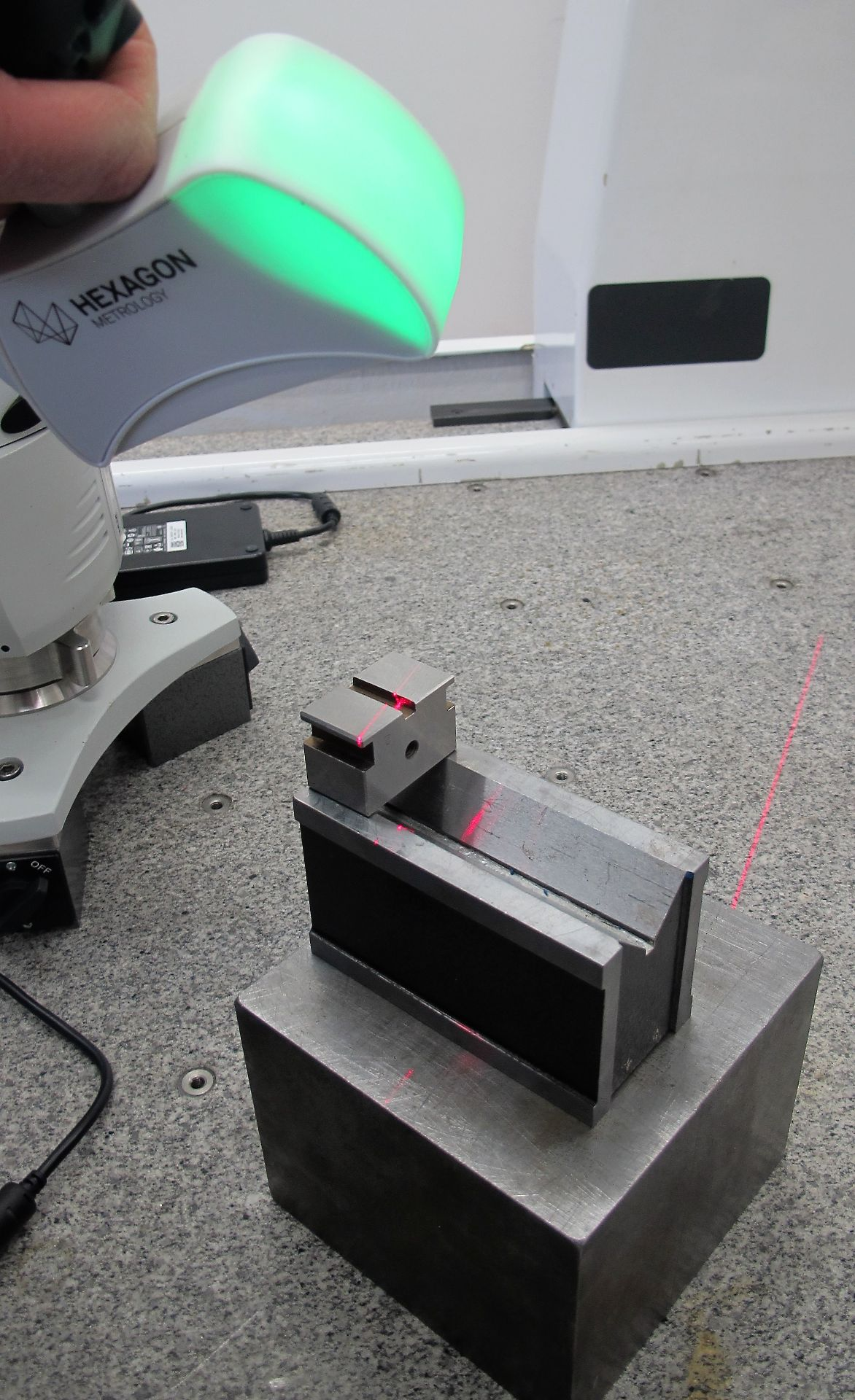 Lot 1 - 2017 ROMER 7300 ABSOLUTE ARM PORTABLE CMM, S/N 7320-6780-UC (LIKE NEW), W/HEXAGON HP-L-8. 9 LASER