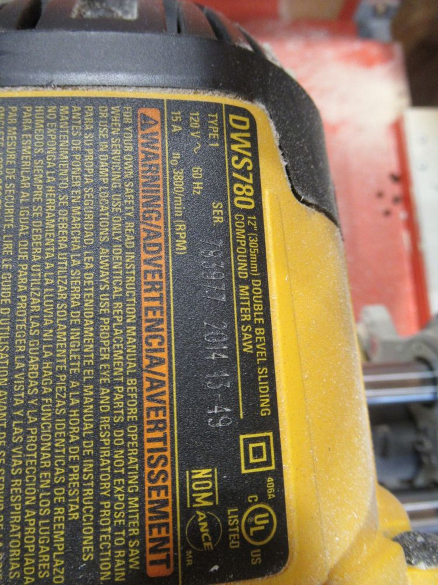 "2014 DEWALT DWS-780 12"" DOUBLE BEVEL COMPOUND SLIDING MITRE SAW, S/N 783977 W/ 24"" X 10' TABLE - Image 4 of 4"
