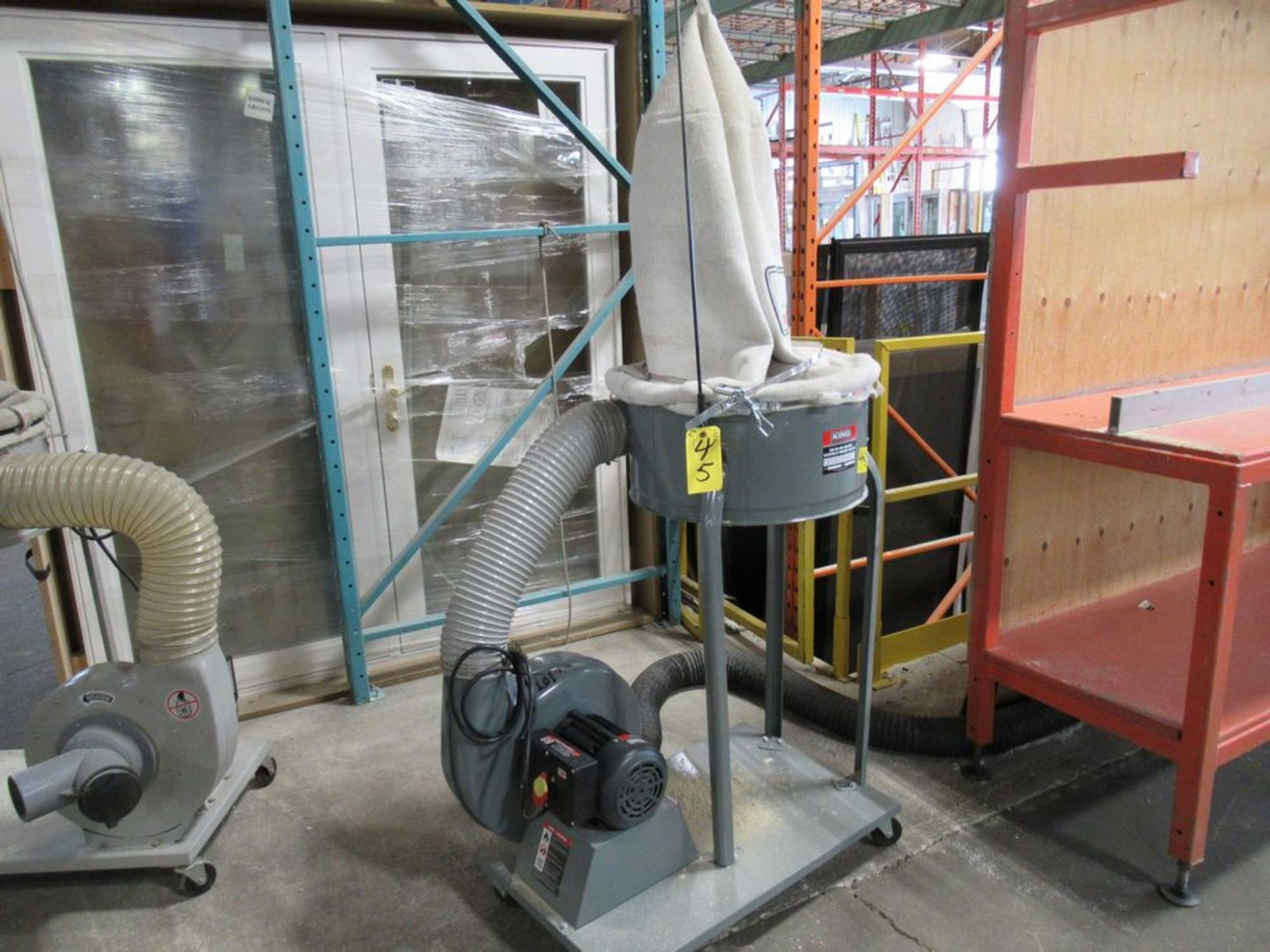 2017 KING INDUSTRIAL KC-3105C 1200 CFM 1.5HP APPROX. PORTABLE DUST COLLECTOR, S/N 17010100