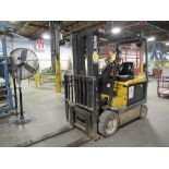 YALE ERC050RGN48TE084 ELECTRIC FORKLIFT, 5,000LB CAP., 3-STAGE MAST, SIDE SHIFT, S/N E108V12514X,