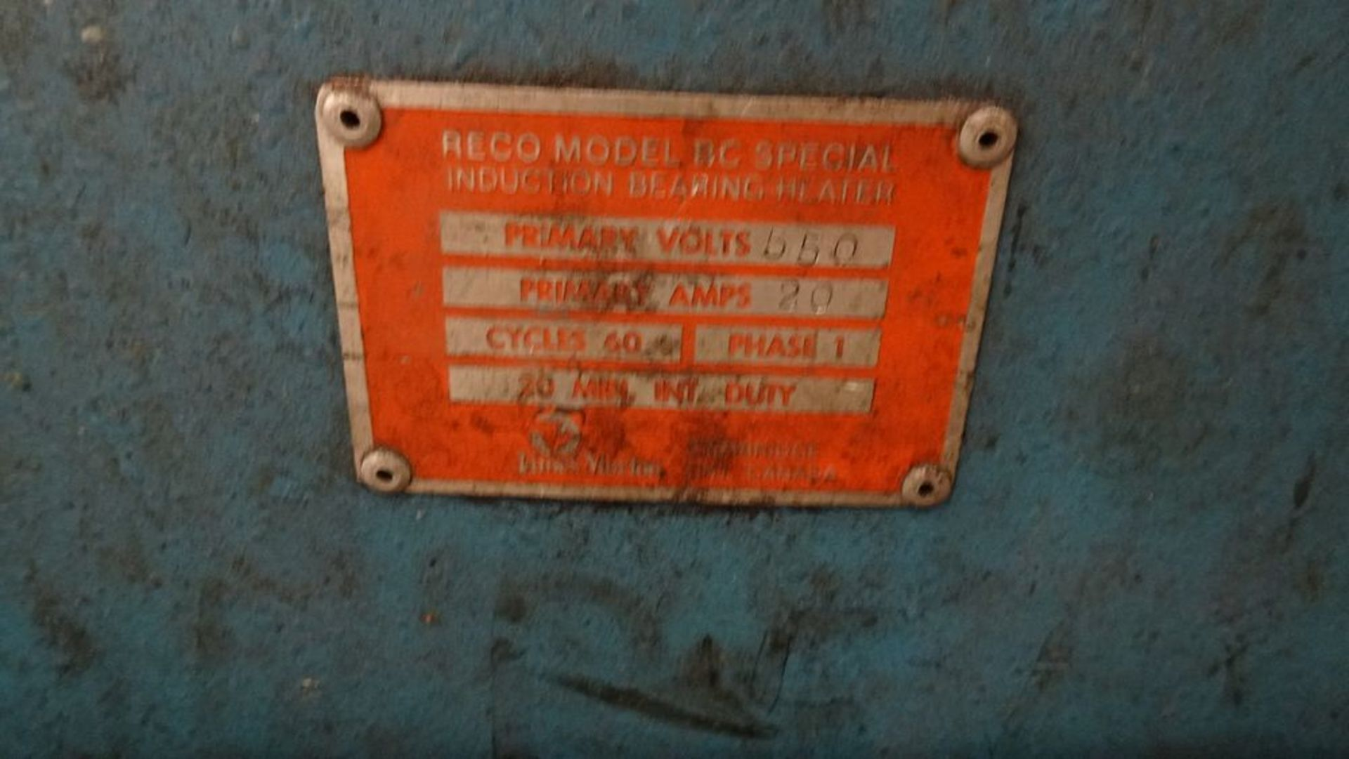 """Lot 16 - RECO RC SPECIAL INDUCTION BEARING HEATER, 550V, 1 PHASE, 7"""" X 12"""" OPENING C/W CART (RIGGING FEE $25)"""