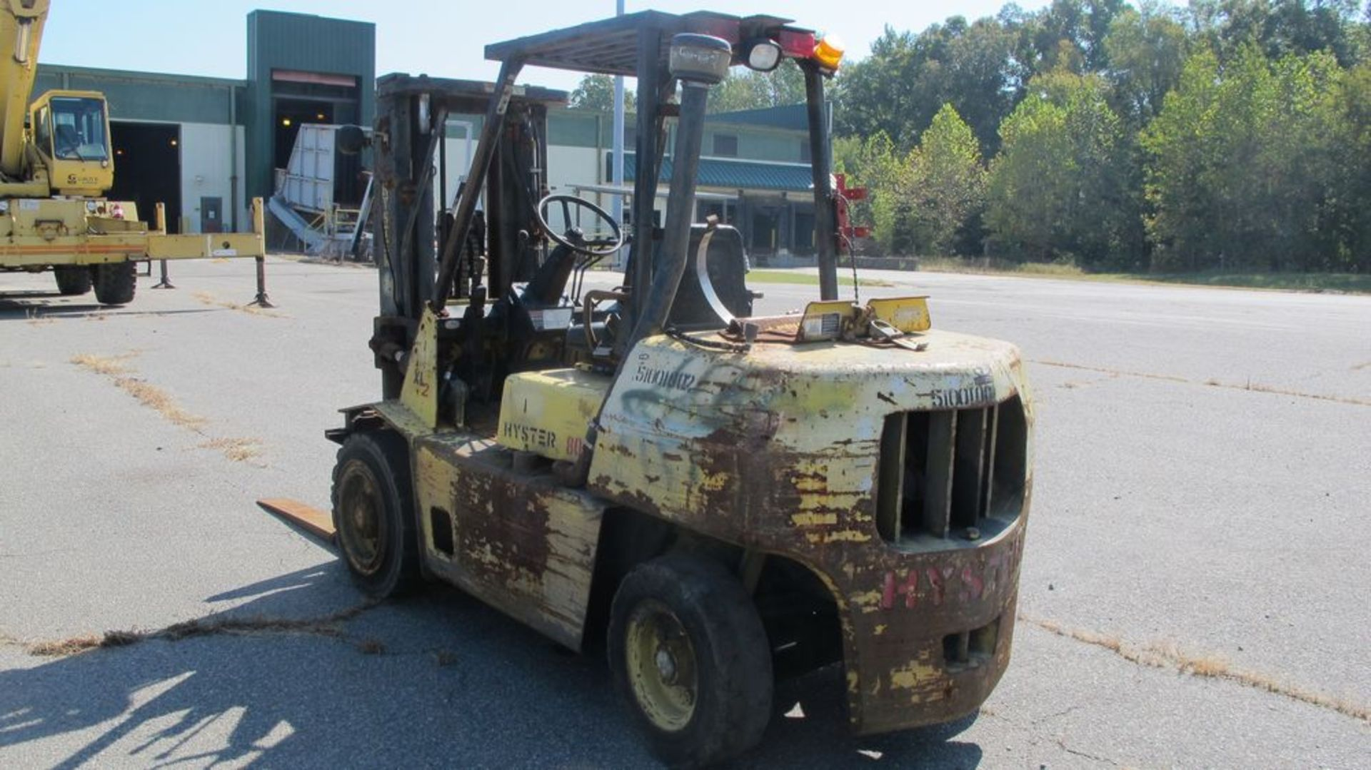 Lot 20 - HYSTER H80XL PROPANE FORK TRUCK (NEEDS REPAIR), 5000 LB CAP (NO PROPANE TANK), S/N G005D13026V (