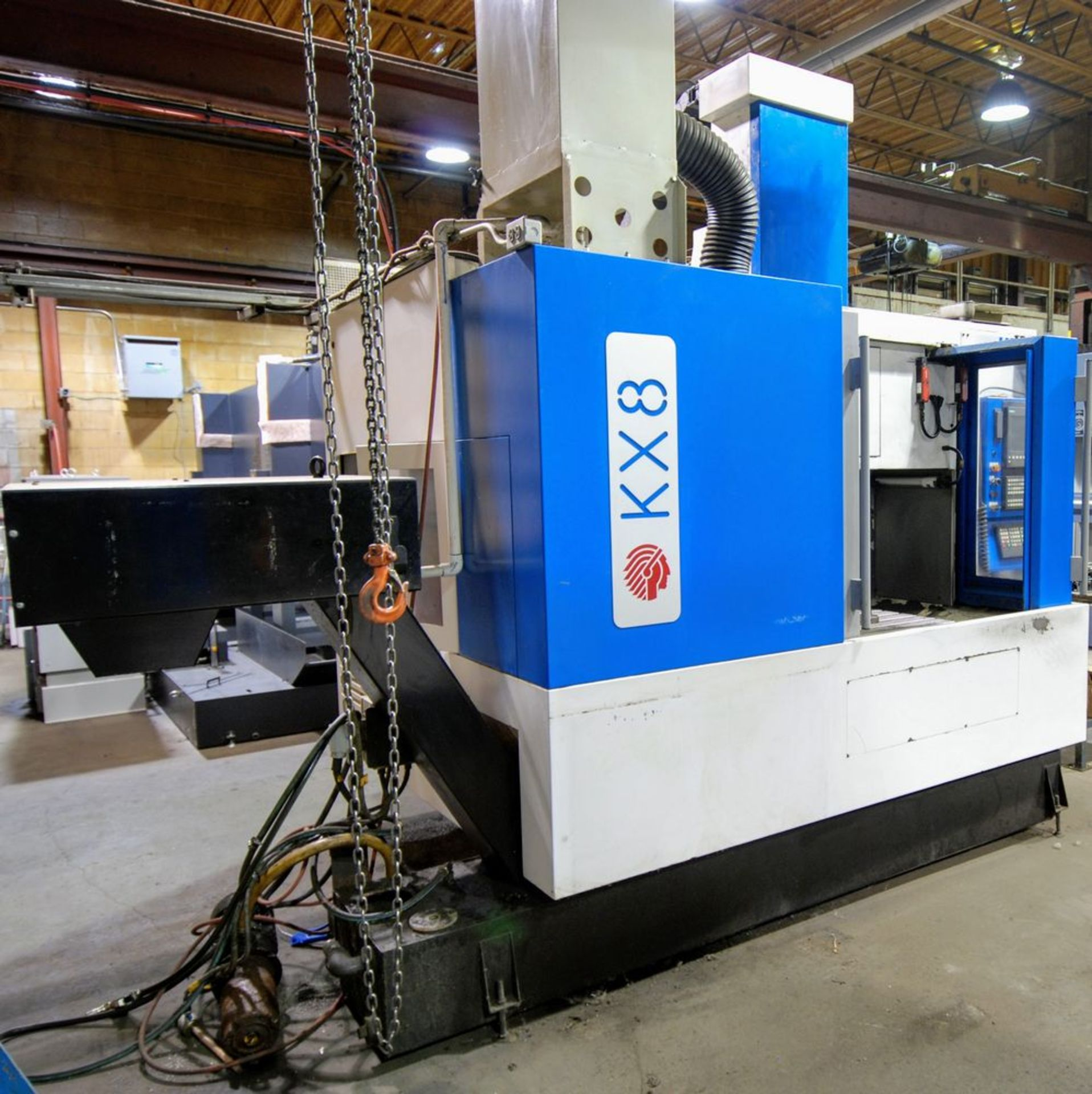"Lot 18 - 2002 HURON KX8 CNC Vertical Machining Center, s/n B01262, 24"" x 32"" Table, Siemens CNC Control,"
