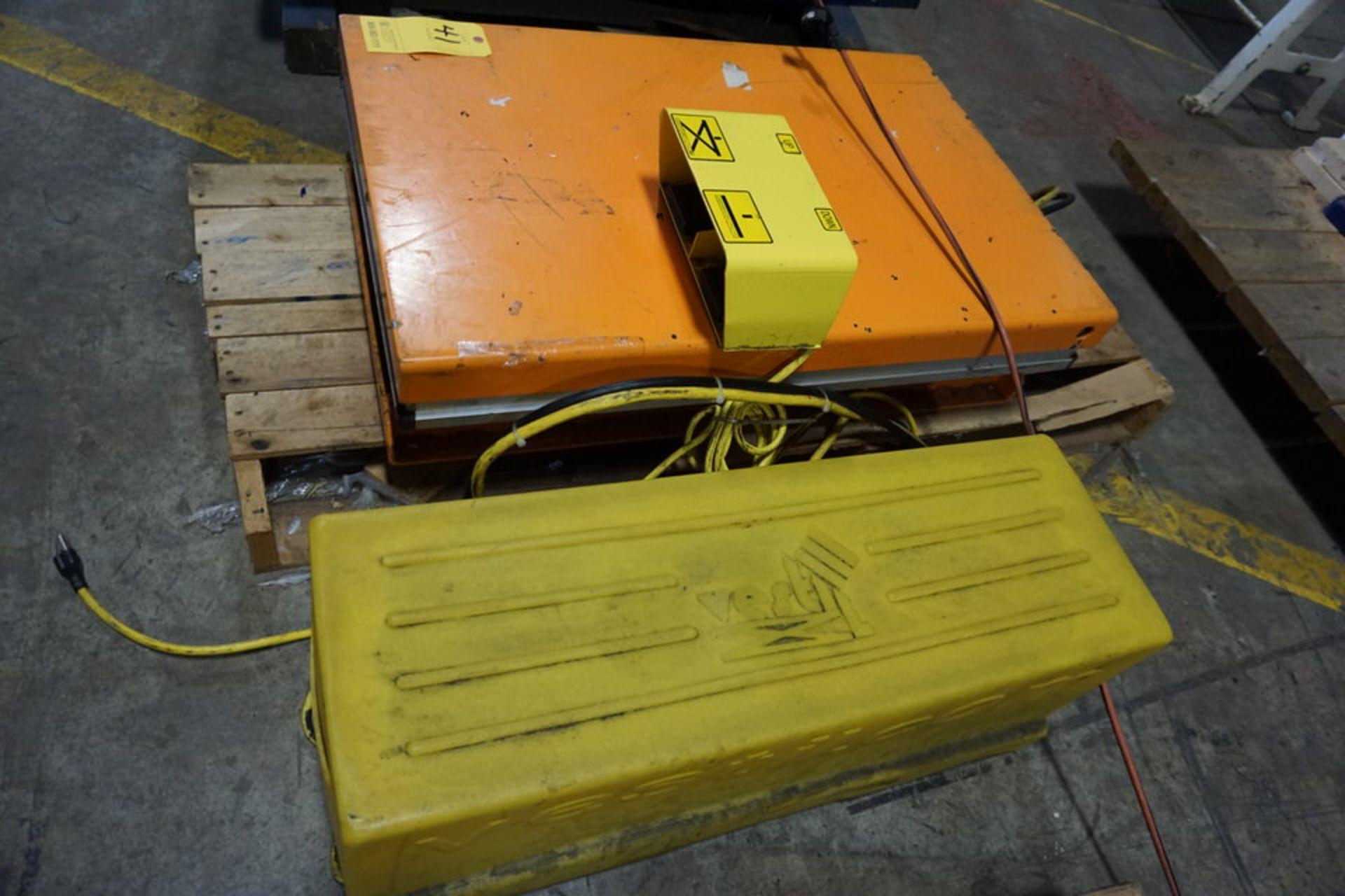 "Lot 41 - VESTIL ELEC LIFT TABLE, MDL: EHLT-W-S-2436-1.5, 24"" X 36"", 1,500 LB CAP (Location: 903 Blue Starr,"