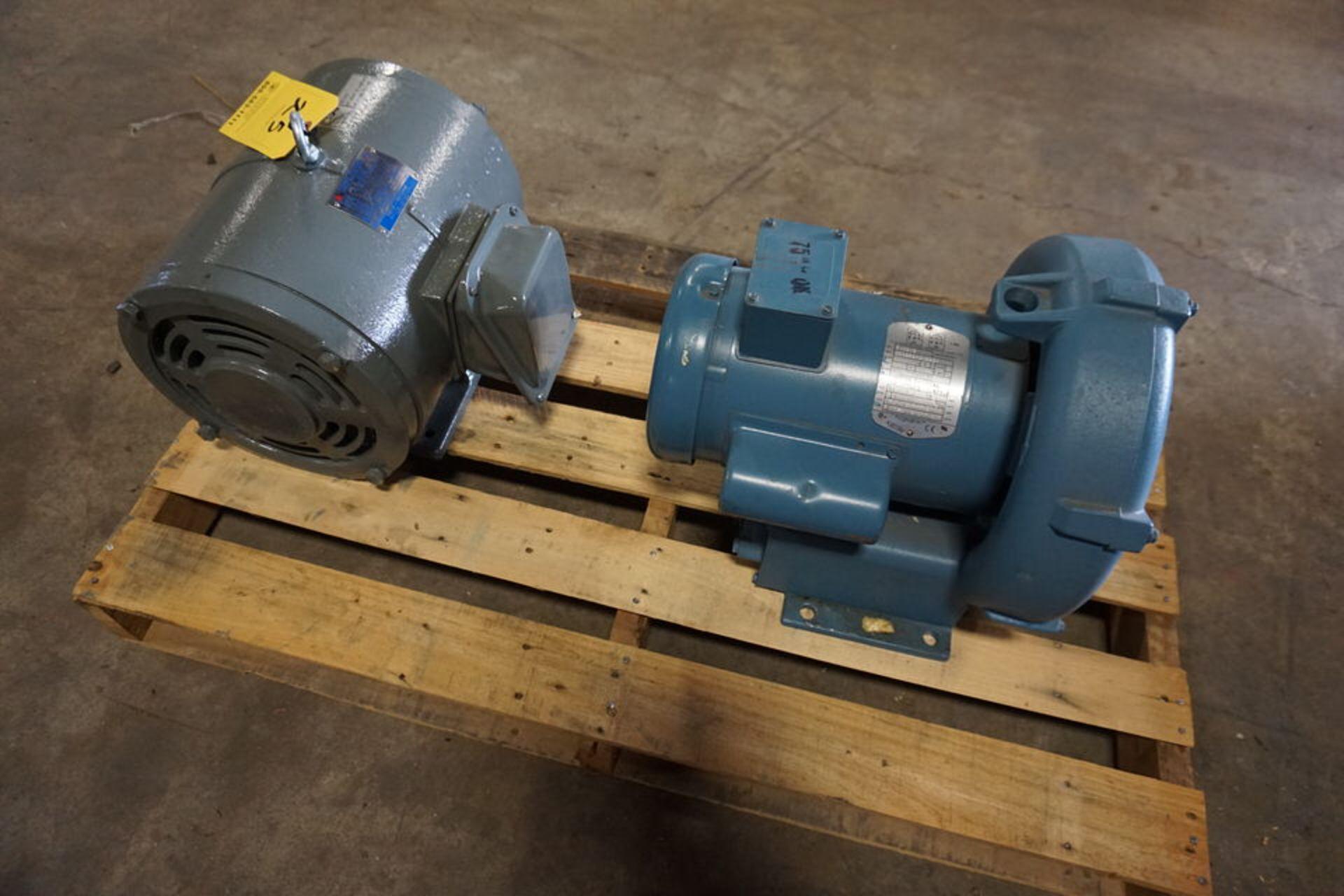 Lot 25 - AMETEK WATER PUMP MDL:DR454R58 A W/ TECO ELEC MOTOR (Location: 903 Blue Starr, Claremore, OK 74017)