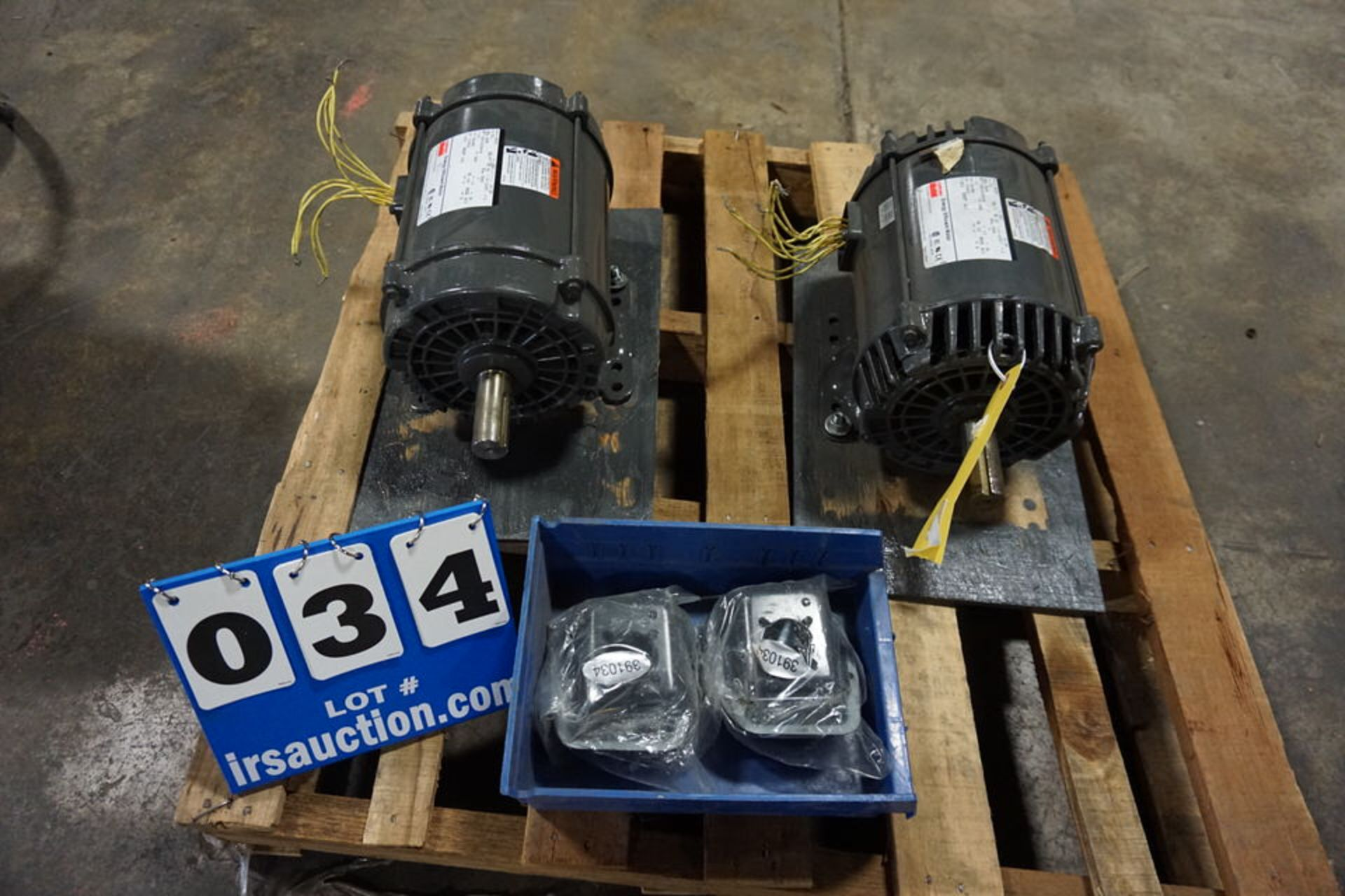 Lot 34 - DAYTON ELEC MOTOR, MDL:5KK01, 5HP, 230/460V, 3PH (Location: 903 Blue Starr, Claremore, OK 74017)