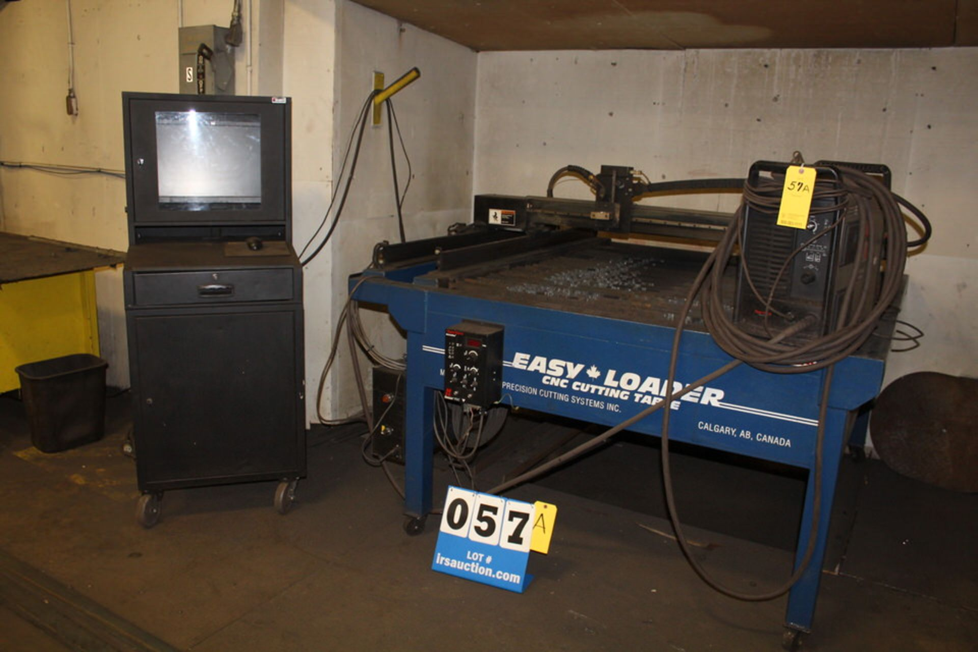 Lot 57A - EASY LOADER EZ 4X4 CNC CUTTING TABLE, W/ HYPERTHERM POWER MAX 1,000 POWER SUPPLY & CONTROL (