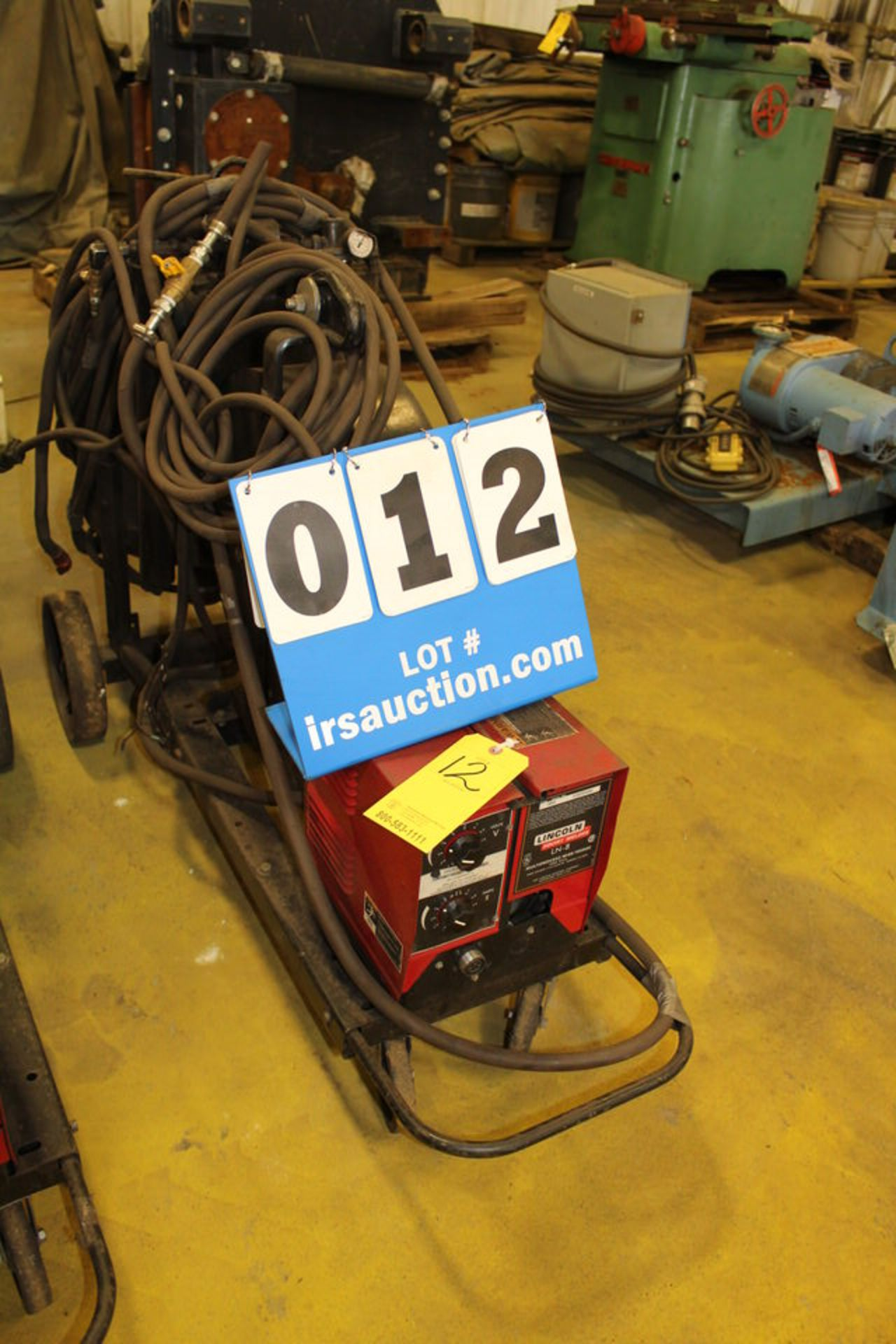 Lot 12 - LINCOLN LN8 WIRE FEEDER W/ POT, HANDHELD SUB ARCS (LOCATION: 4081 EASTSIDE HWY, STEVENSVILLE, MT,