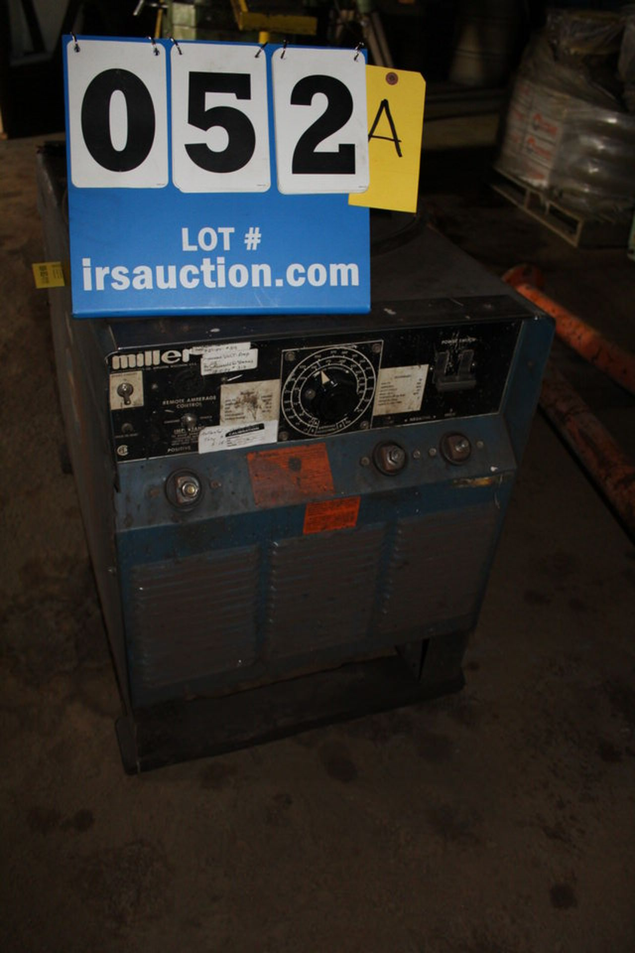 Lot 52A - MILLER SRH-404 ARC WELDER (LOCATION: 4081 EASTSIDE HWY, STEVENSVILLE, MT, 59870)