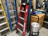 Lot 61 - RED 5' STEP LADDER