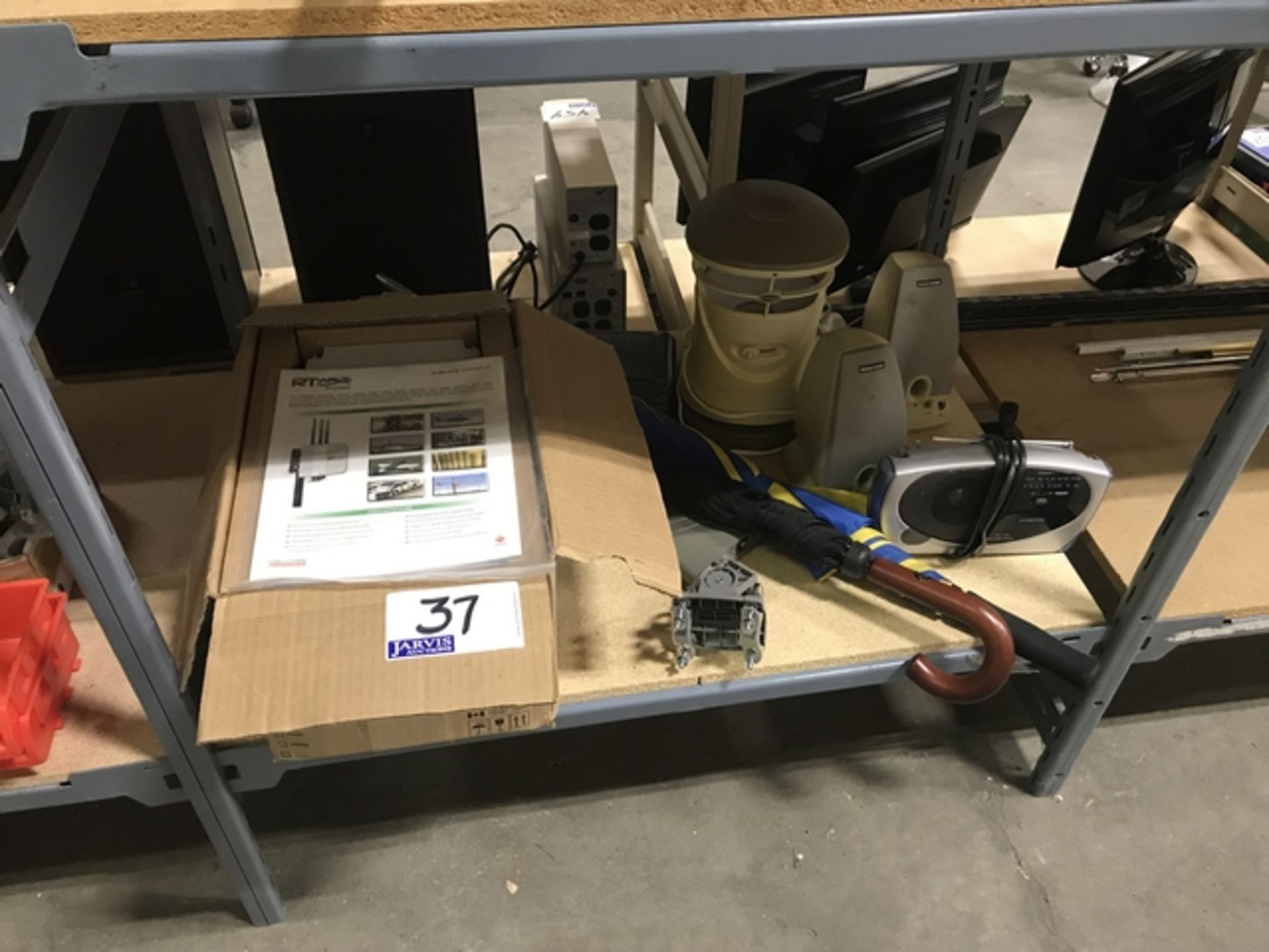 Lot 37 - WIRELESS VIDEO SYSTEM AND ASSORTED SUPPLIES